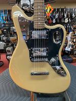Fender Squier Contemporary Jaguar® HH ST, Laurel Fingerboard, Black Pickguard, Shoreline Gold
