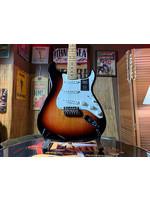 Fender Fender Stratocaster w/ Maple Neck in 3 Tone Sunburst