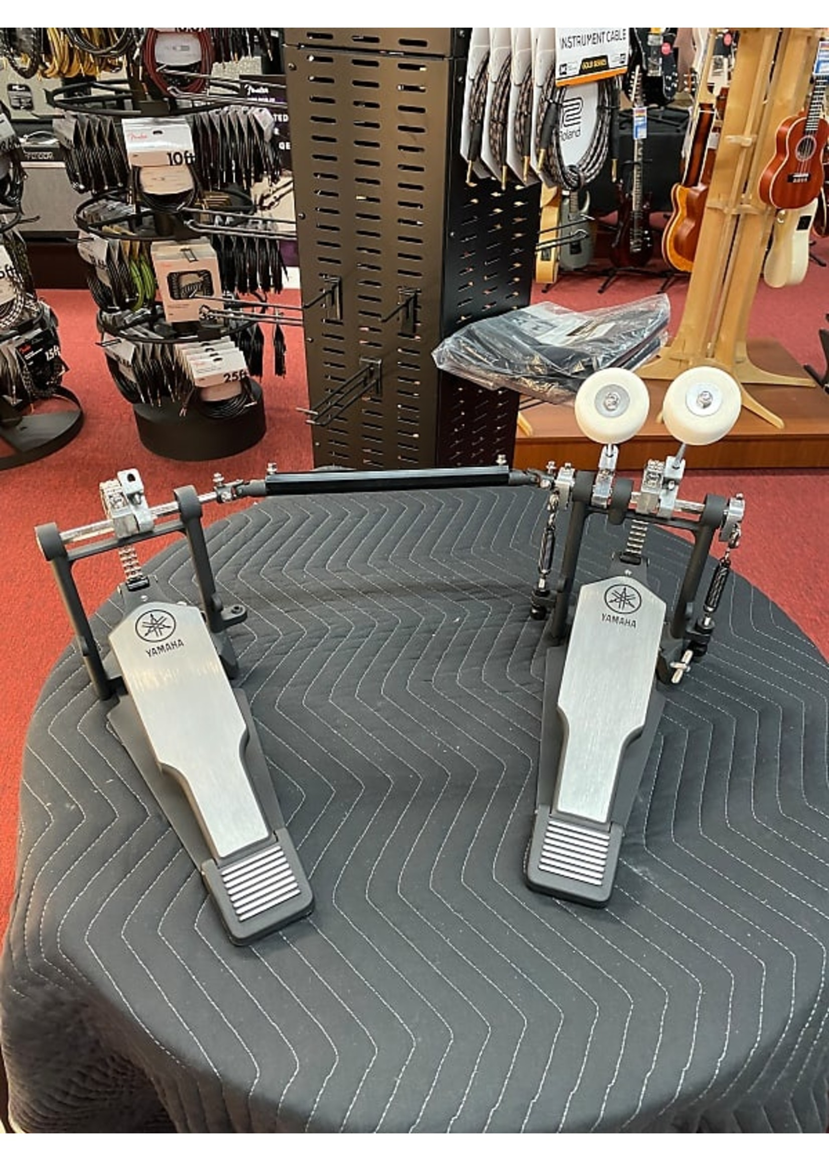 Yamaha Yamaha FP-8500C Double Chain Drive Single Bass Drum Pedal with Extended Footboard