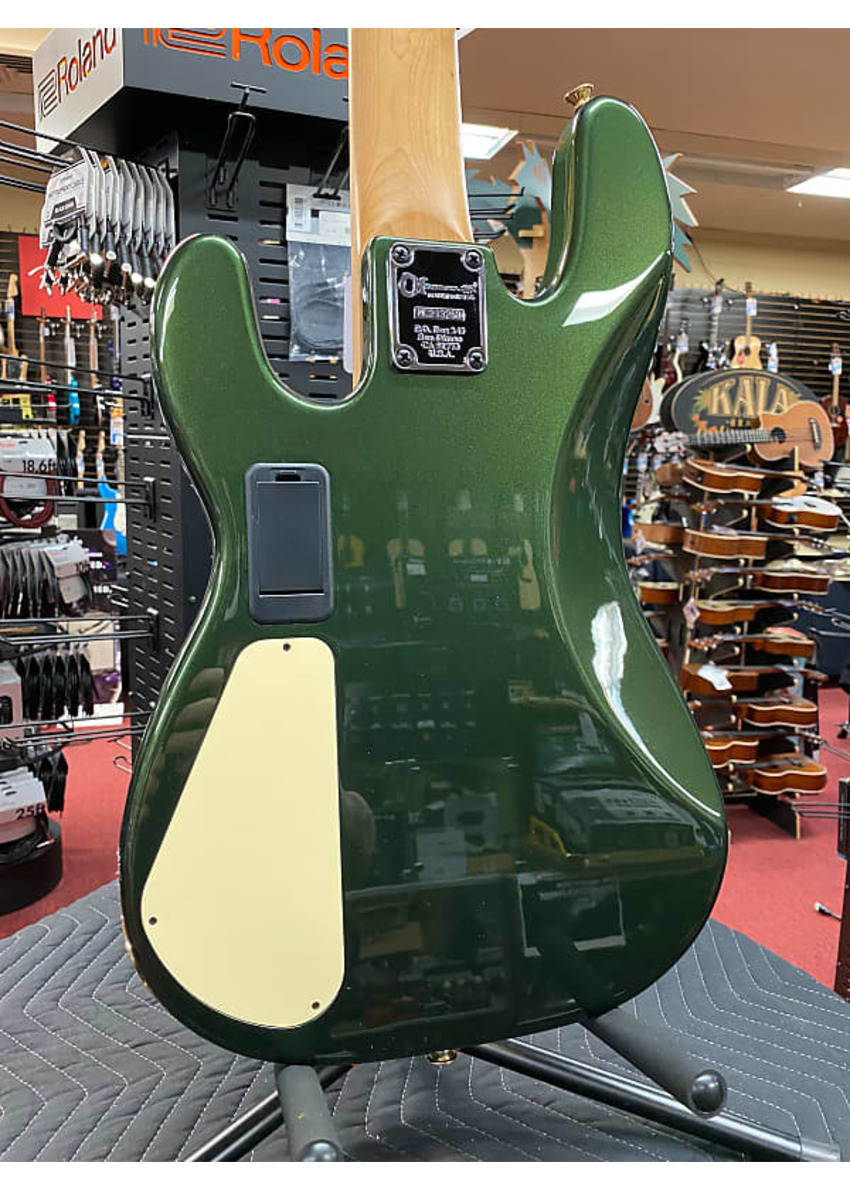 Charvel Charvel Pro-Mod San Dimas® Bass JJ V, Caramelized Maple Fingerboard, Lambo Green Metallic