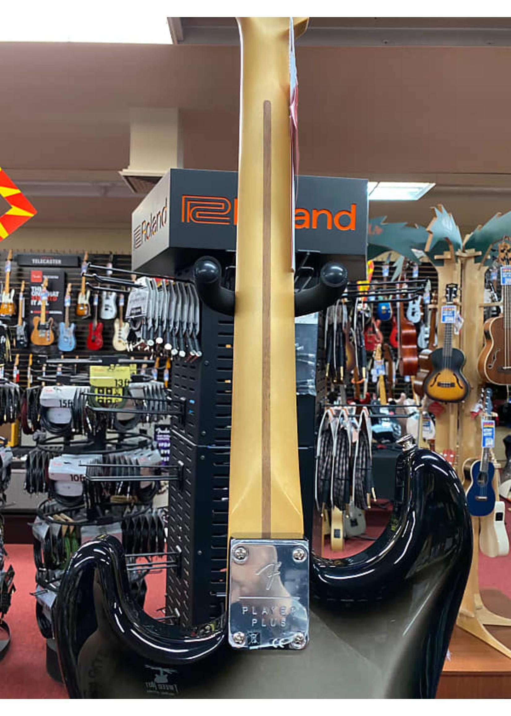 Fender Fender Player Plus Stratocaster® HSS, Pau Ferro Fingerboard, Silverburst
