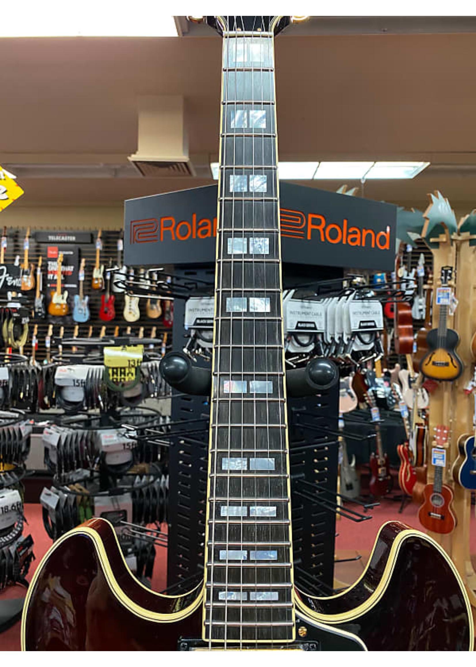 Yamaha Yamaha SA2200 Semi-Hollow Electric Guitar