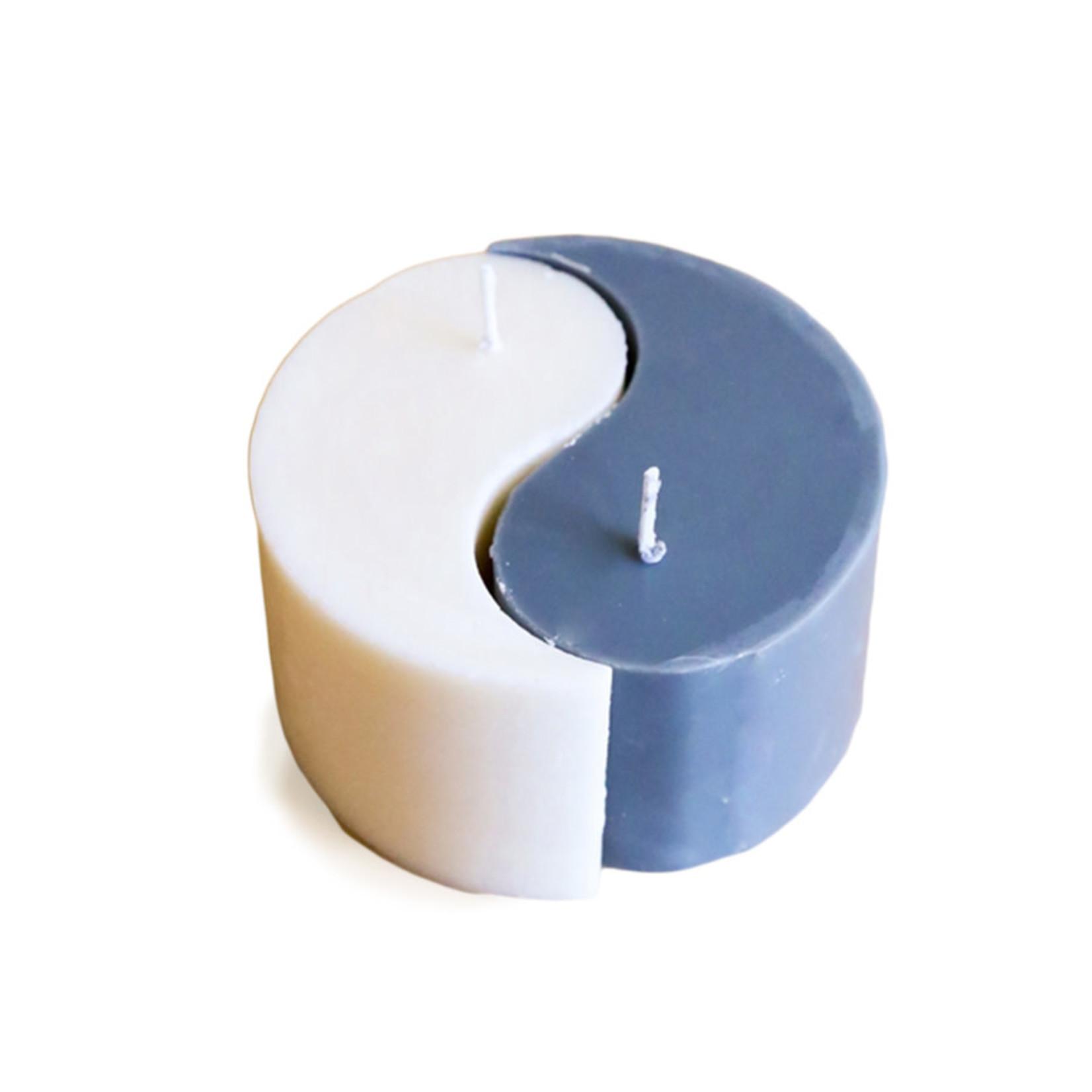 JaxKelly Yin Yang Molded Candle