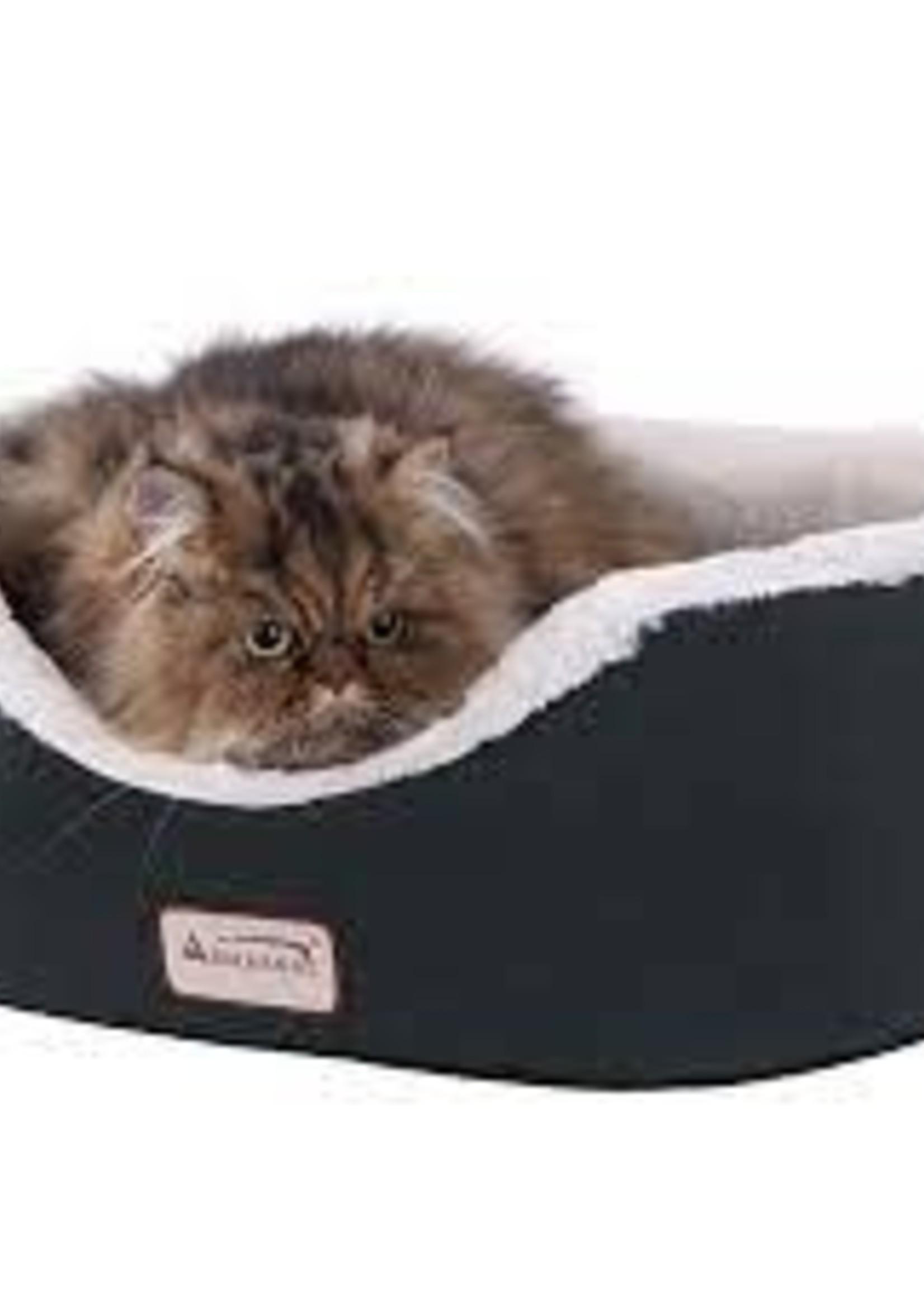 Armarkat Armarkat Cat Bed Oval Pet Cuddle House, Laurel Green/Ivory