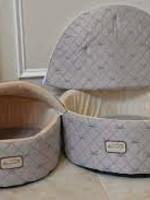 Armarkat Armarkat Med Cuddle Cave Cat Bed w/Detachable & Collapsible Zipper Top Pale Silver/Beige
