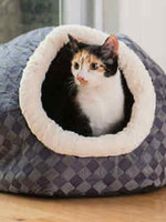Armarkat Armarkat Cuddle Cave Cat Bed Blue Checkered