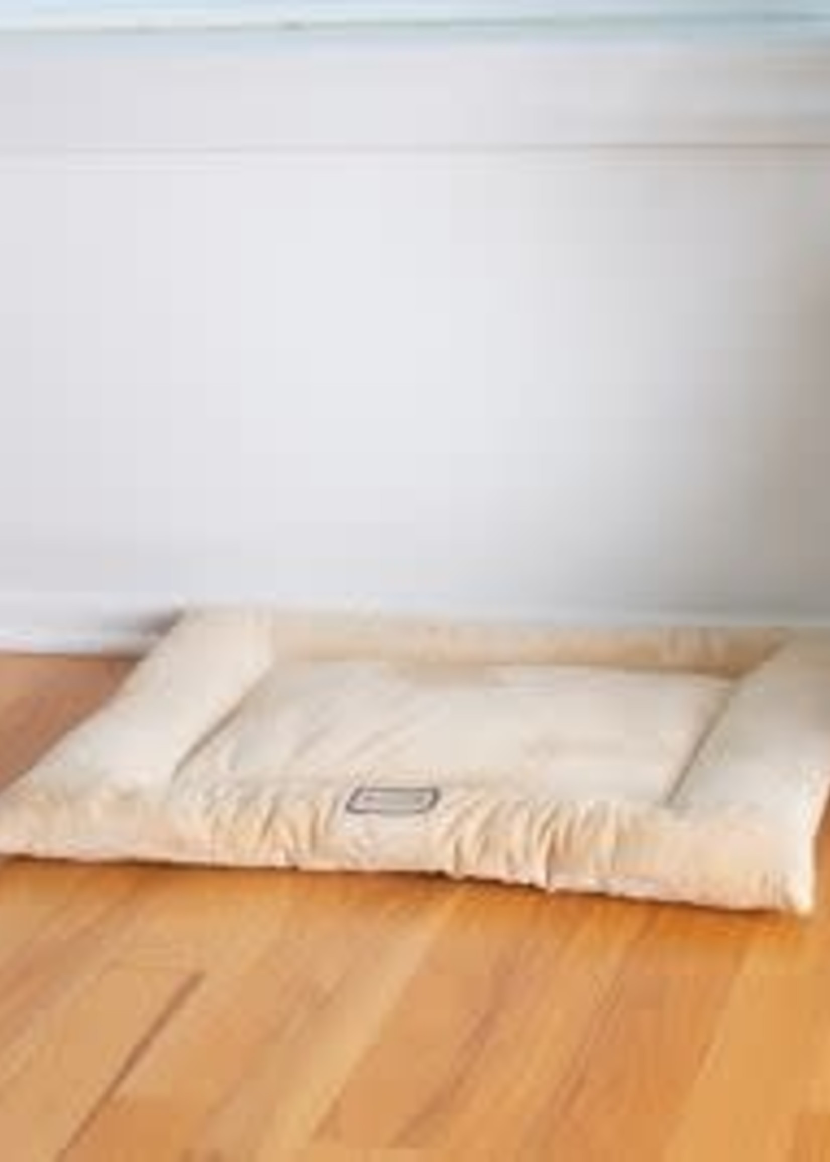 Armarkat Armarkat Med Dog Crate Soft Pad Mat w/Poly Fill Cushion Beige