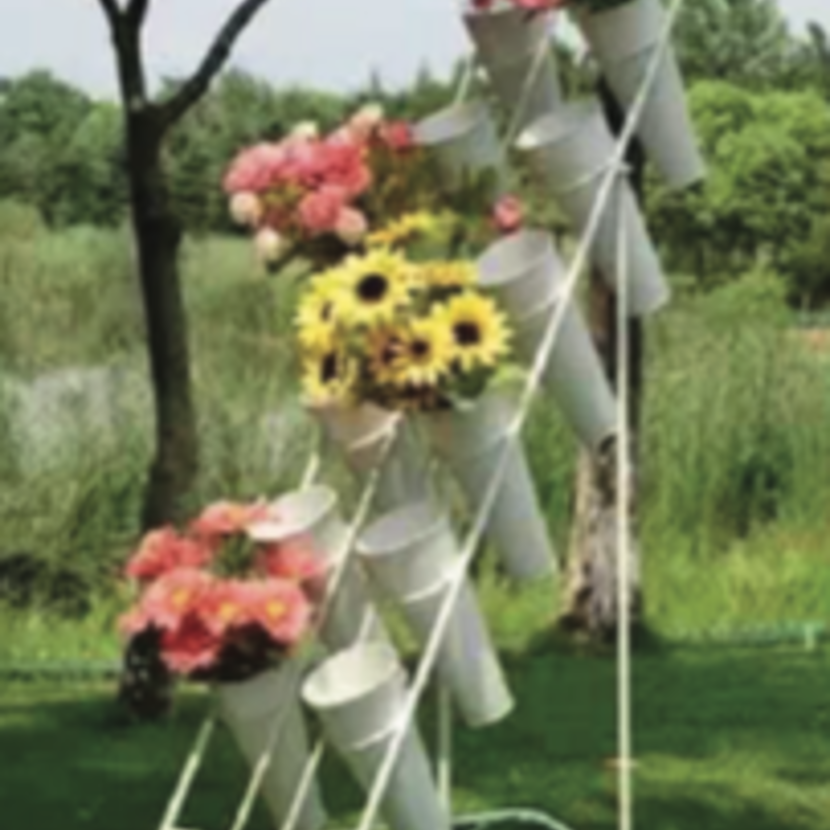 12 BUCKET WHITE FLOWER STAND