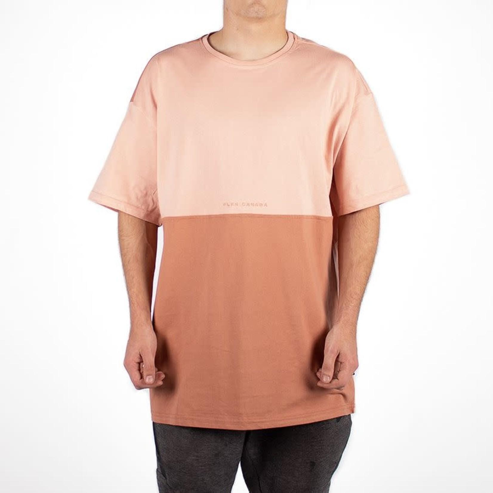 WLKN WLKN : Divided T-Shirt