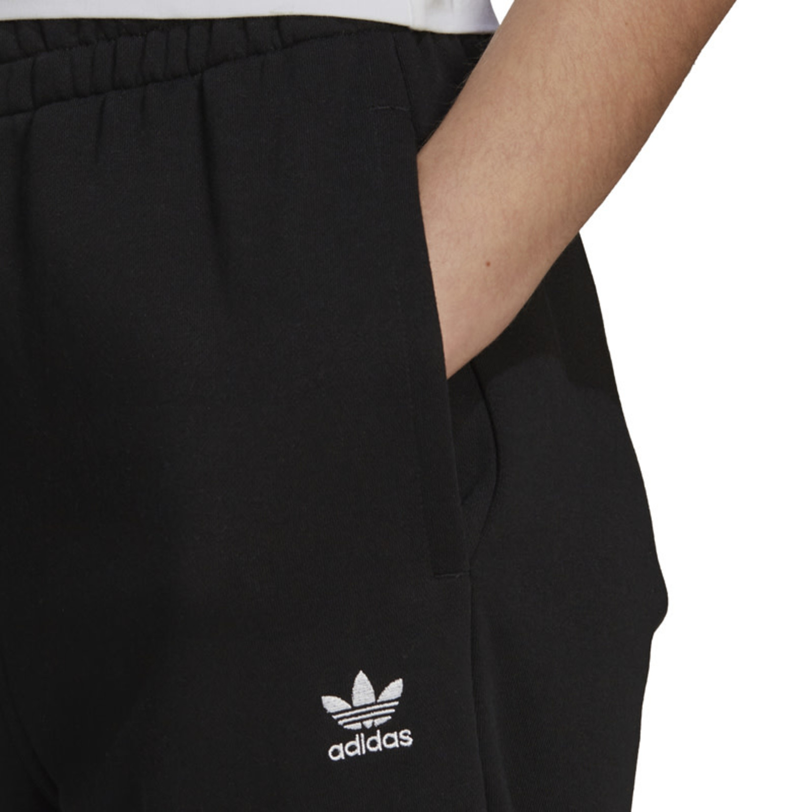Adidas Adidas : Classic Relaxed Fit Fleece Jogger