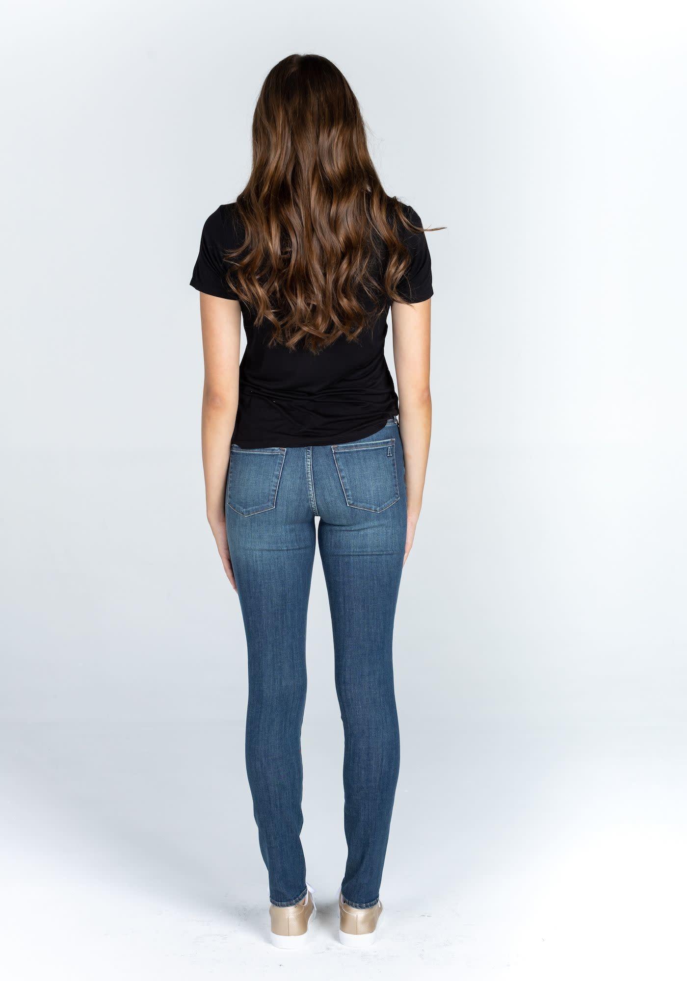 Mya Skinny