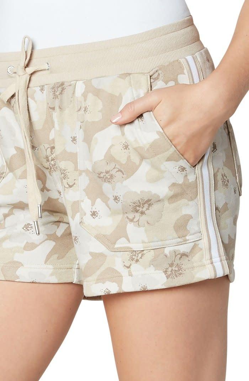 Pull on Knit Short with Porkchop Pocket