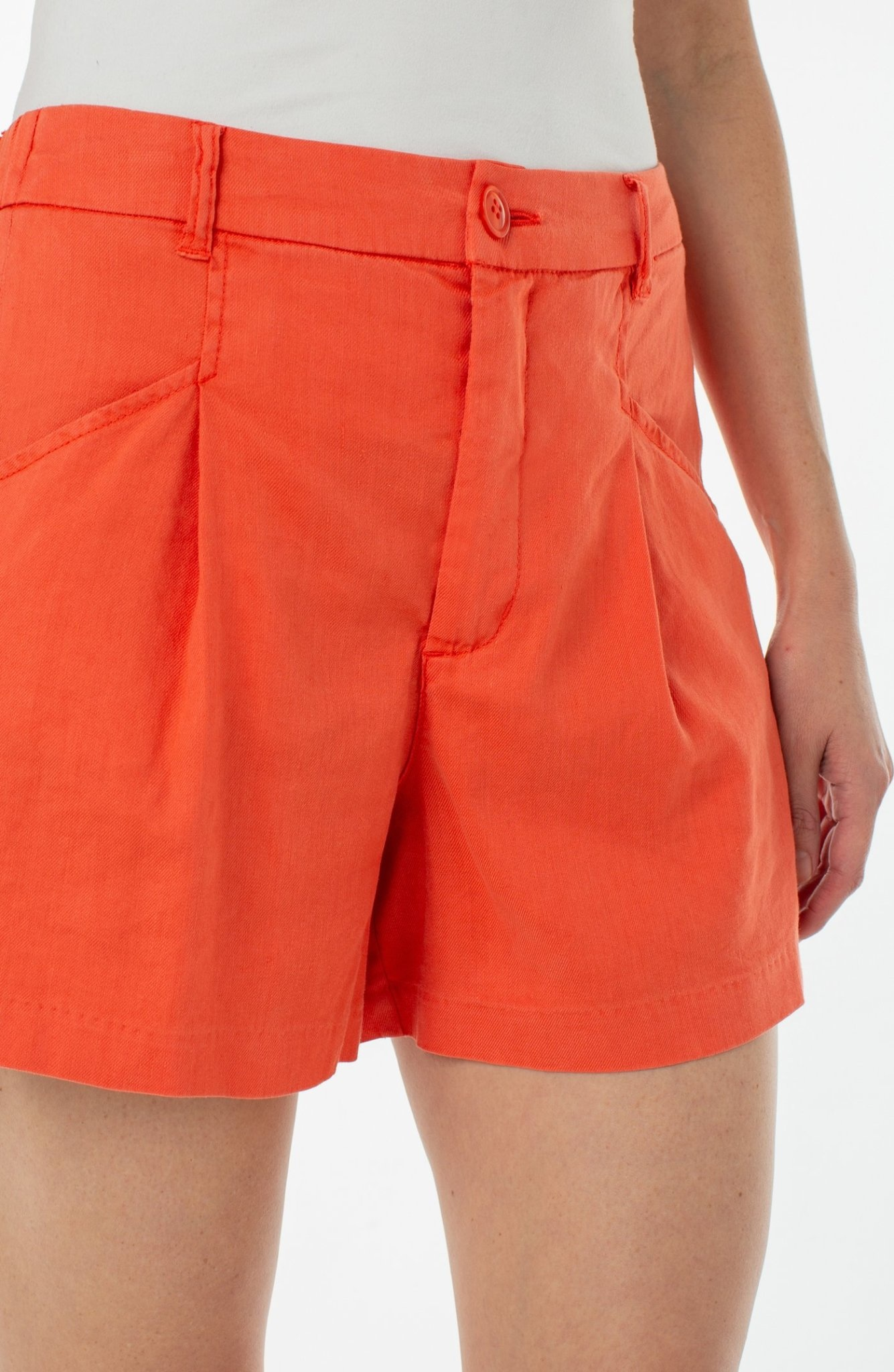 Hi-Rise Trouser Short