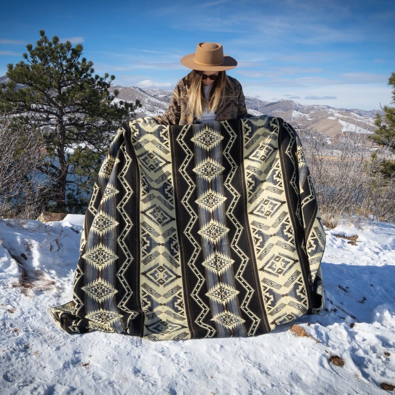 Andean Alpaca Blanket - Slate-Black/Grey/Cream