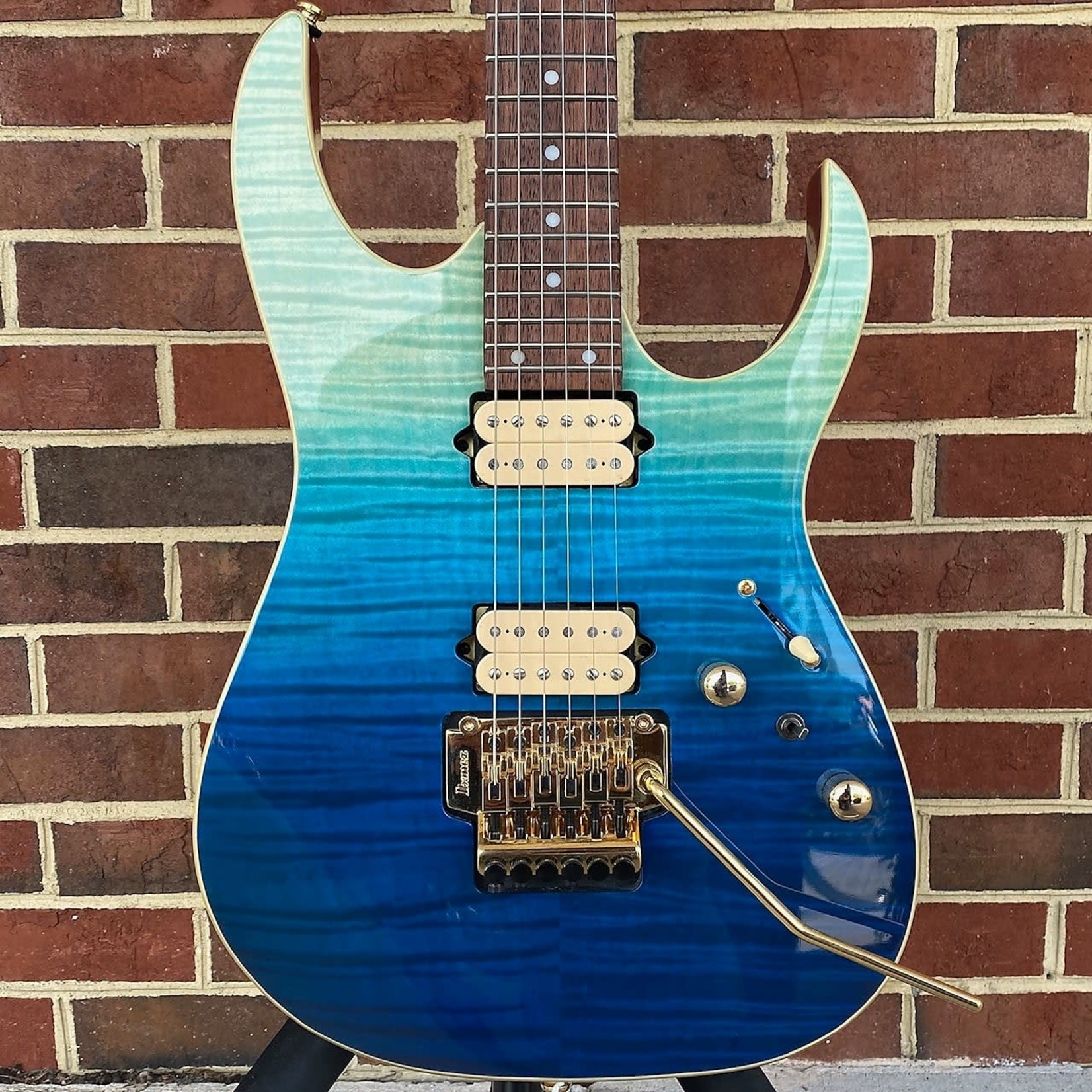 Ibanez Ibanez RG420HPFMBRG, High Performance, Blue Reed Gradation, Locking Trem, DiMarzio Tone Zone & Air Norton