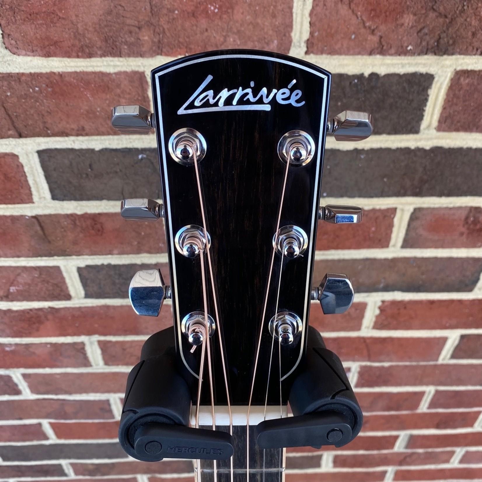 Larrivee Larrivee L-10 Custom, Indian Rosewood Back and Sides, Moon Spruce Top, Koa Body Binding, LR Baggs Anthem No Cut Electronics, Hardshell Case