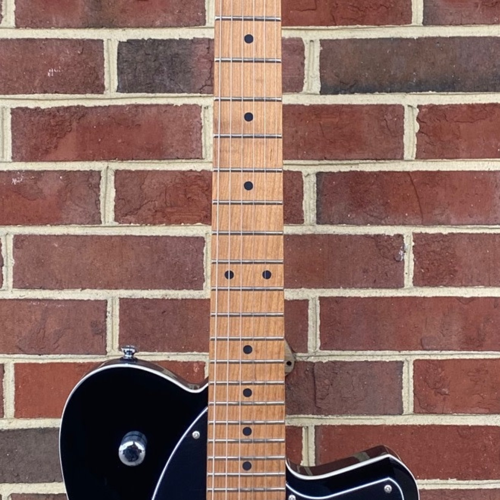 Reverend Reverend Guitars Charger HB, Midnight Black, Roasted Maple Neck, Korina Body, Locking Tuners