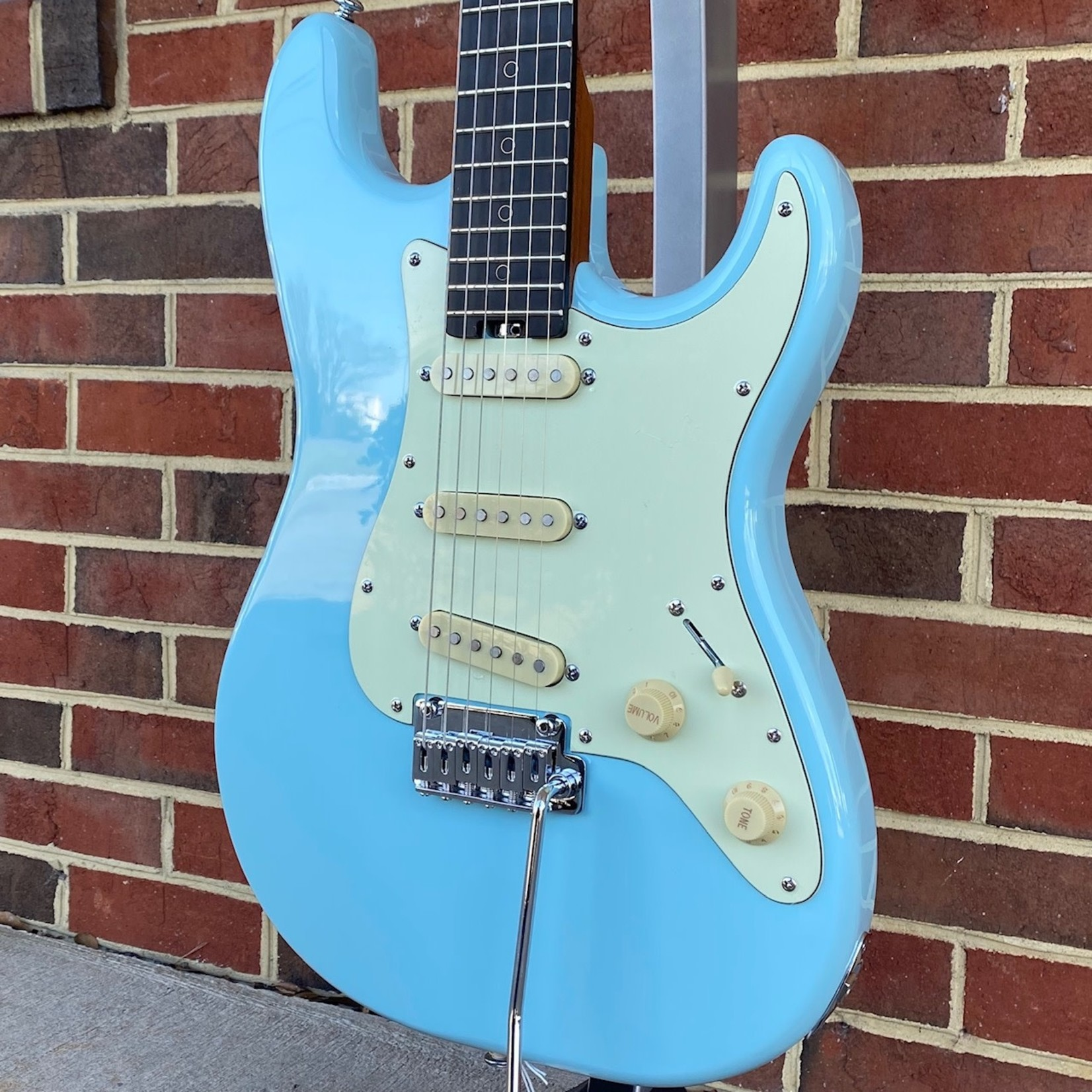 """Schecter Guitar Research Schecter Nick Johnston Traditional, Atomic Frost, Ebony FB, Locking Tuners, Roasted Maple Neck, 14"""" Radius"""