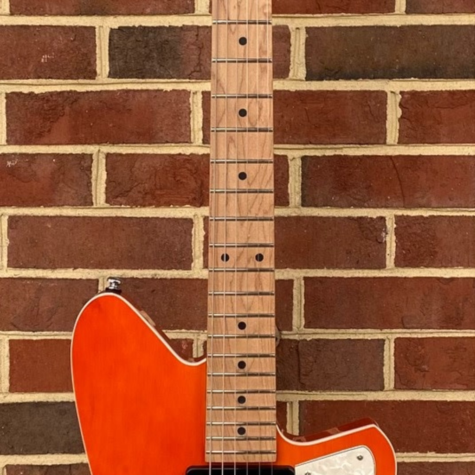 Reverend Reverend Guitars Double Agent W, Rock Orange, Roasted Maple Neck, Korina Body, Locking Tuners, B-Stock