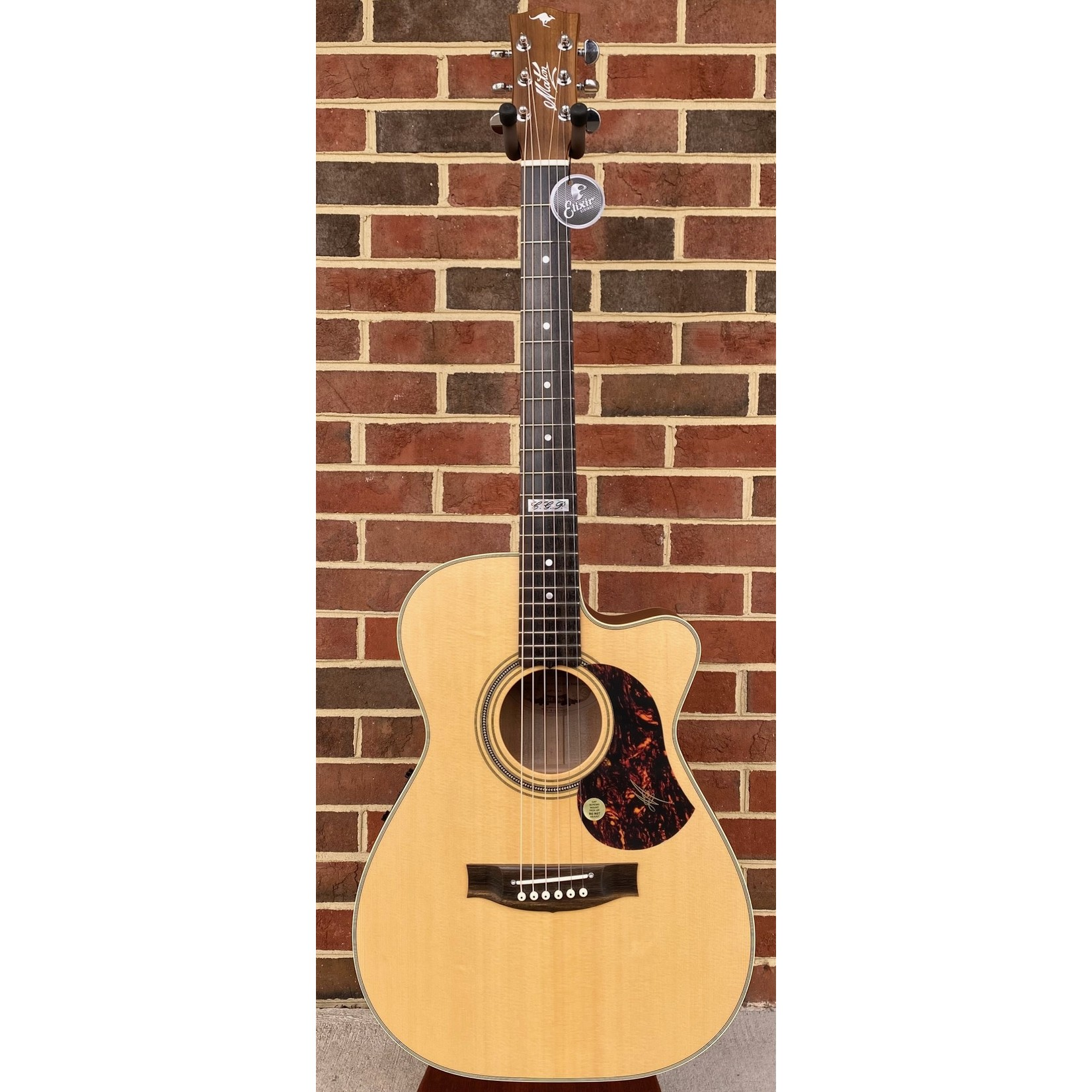 """Maton Maton EBG808TEC, Cutaway, Solid """"AAA"""" Spruce Top, Solid Queensland Maple Back & Sides, AP5 Pro Pickup, Hardshell Case Included"""
