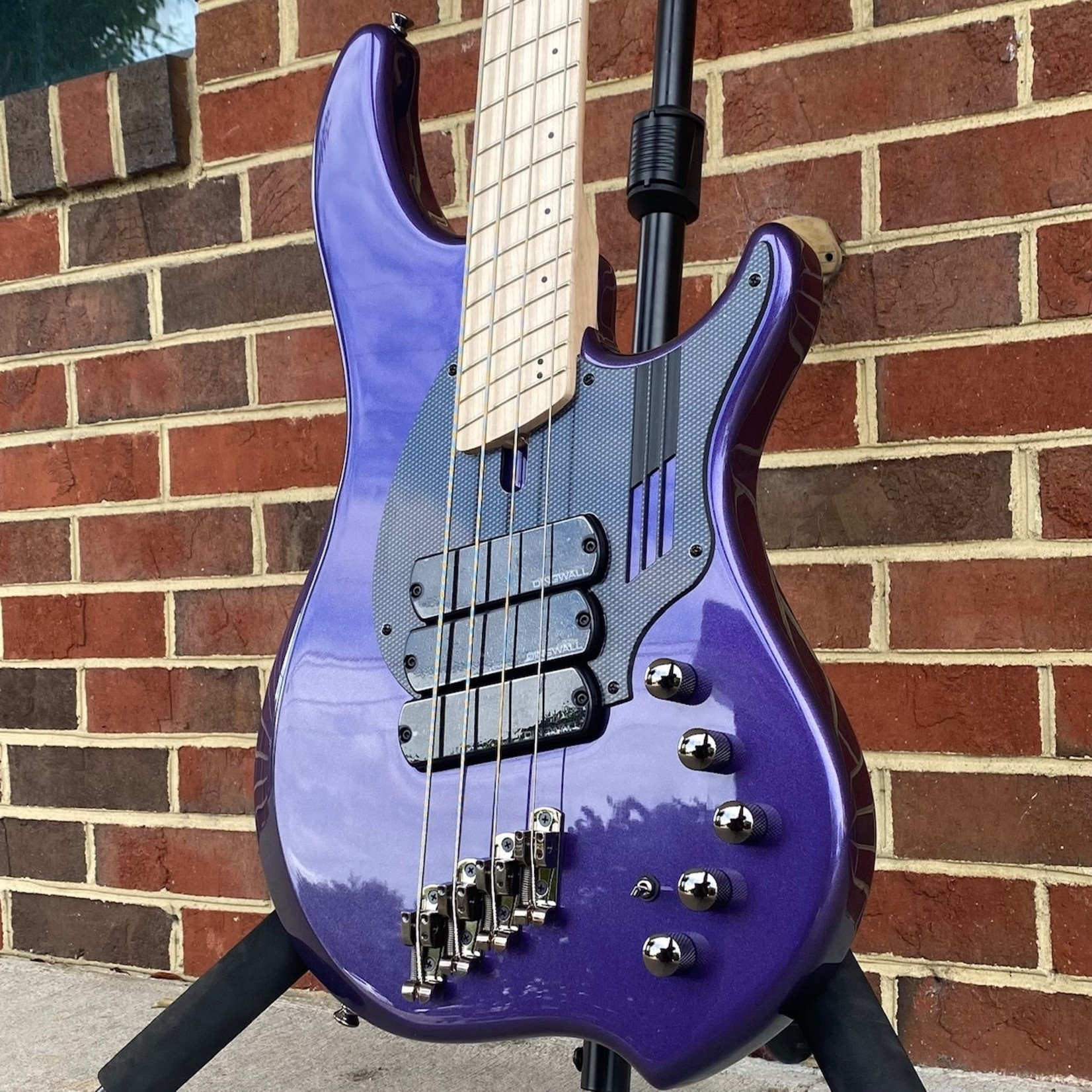 Dingwall Dingwall NG3 4-String, 3x Pickups, Purple Metallic, Maple Fretboard, Matching Headstock, Dingwall Gig Bag