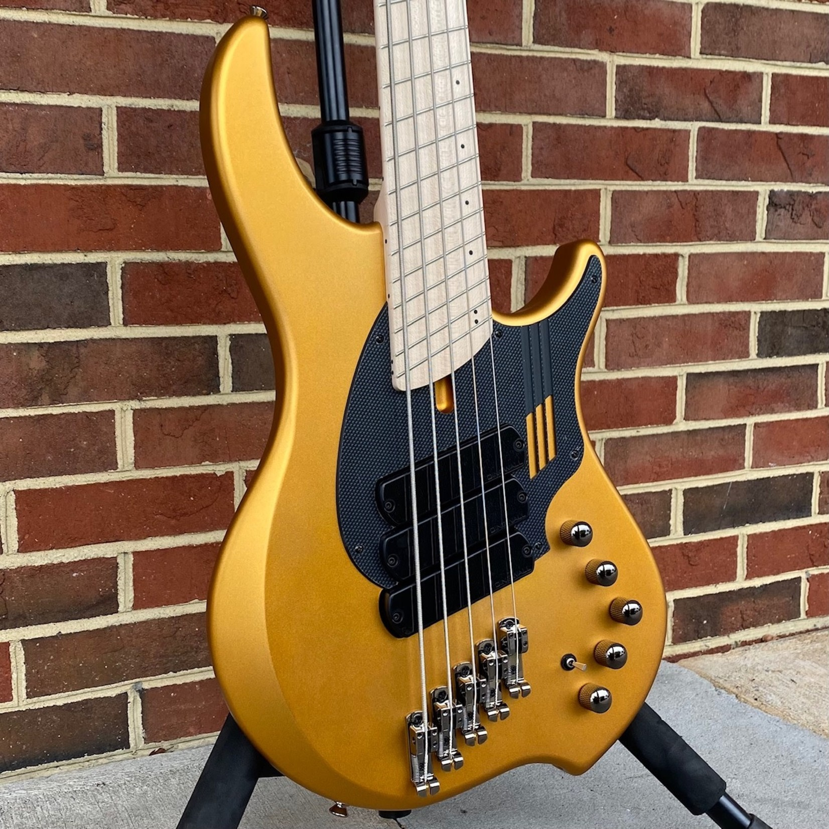 Dingwall Dingwall NG3 5-String, Matte Gold Metallic, Maple Fretboard, Matching Headstock, Dingwall Gig Bag, SN# 9520