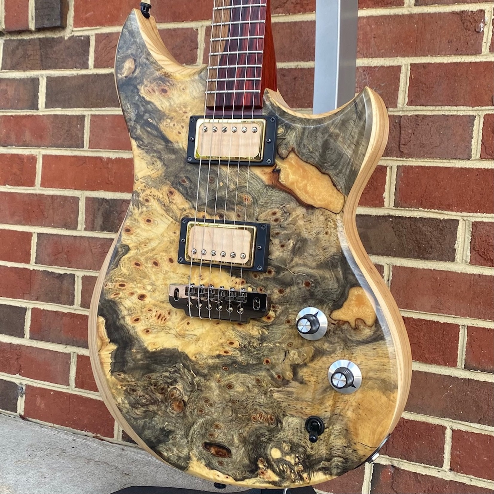 Dunable Guitars Dunable Guitars USA Special Stash #3 - Cyclops, One Piece Buckeye Burl Top w/ Gold Sparkle Resin Fill, Swamp Ash Body, Cocobolo Neck, Cocobolo Fretboard, Hardshell Case