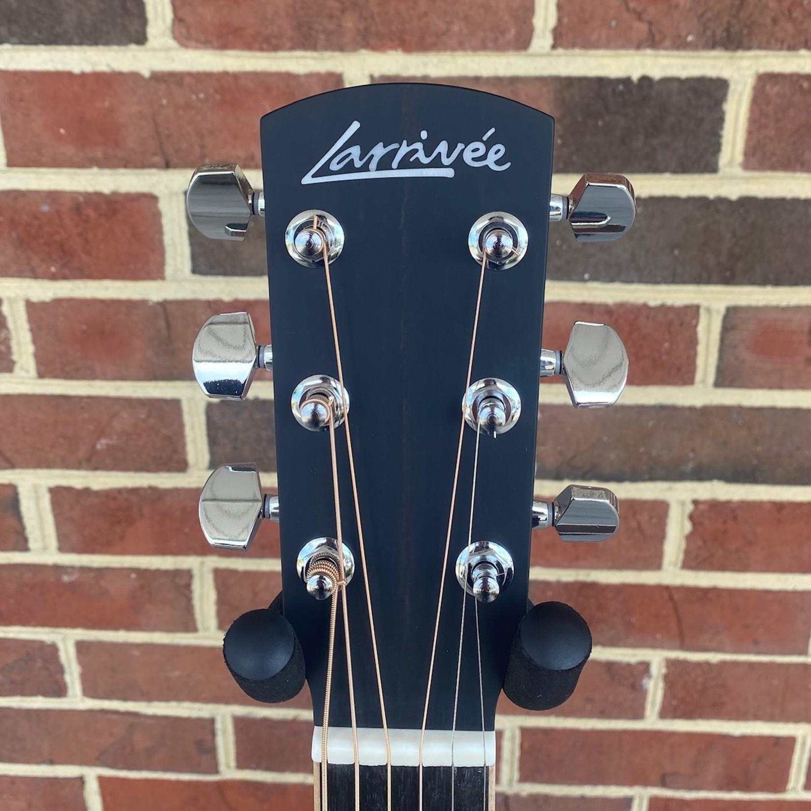 Larrivee Larrivee L-03R, Sitka Spruce Top, Indian Rosewood Back & Sides, Maple Binding, Ebony Bridge & Fretboard, Bone Nut & Saddle, Hardshell Case