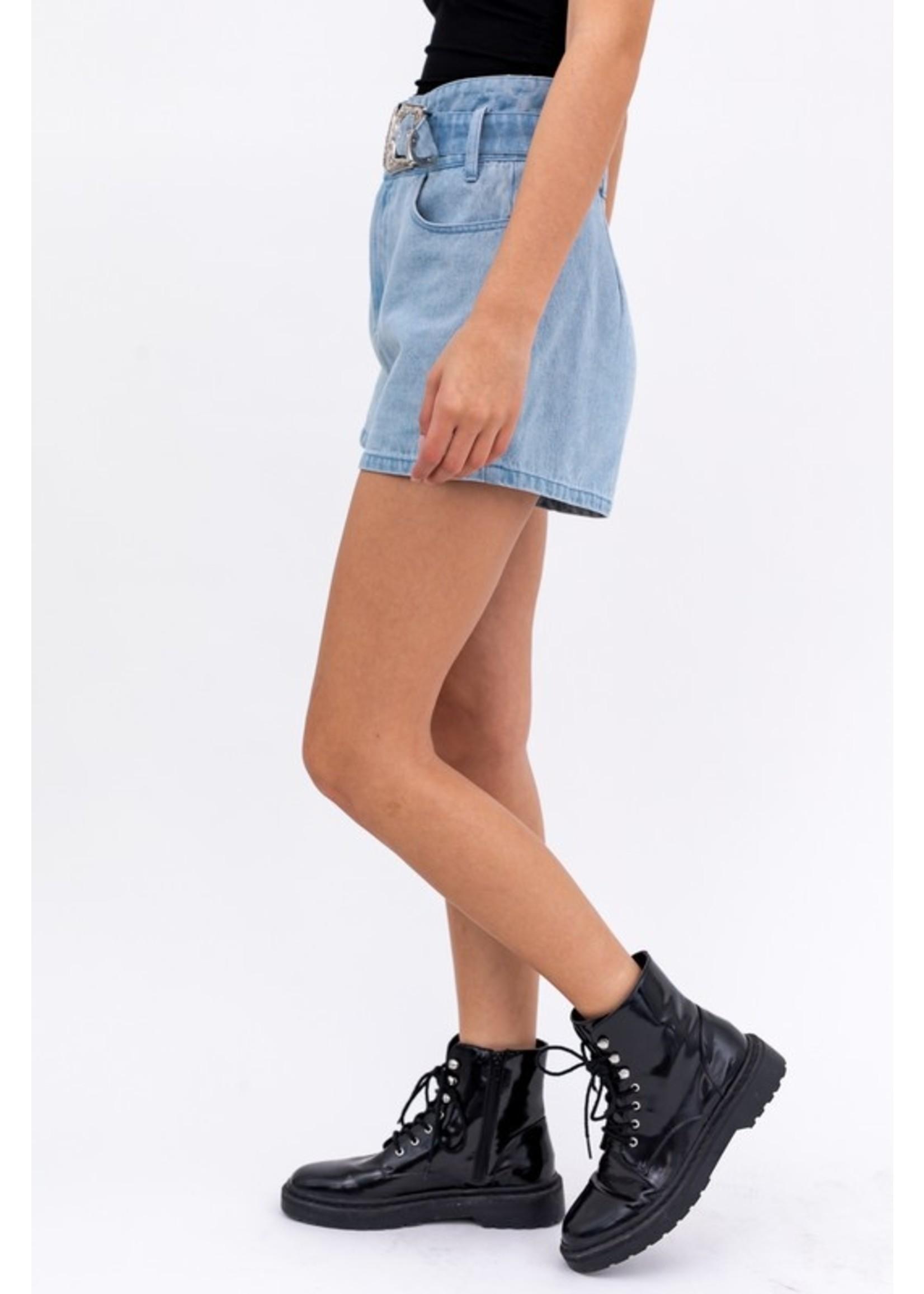 Le Lis Paper Bag Buckle Detail Shorts - MP3722-1