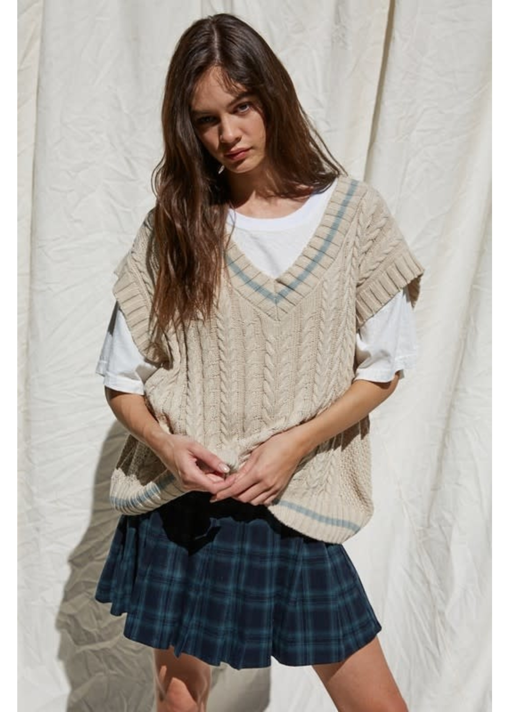 By Together Cable Knit Oversized Sweater Vest Top - L4923