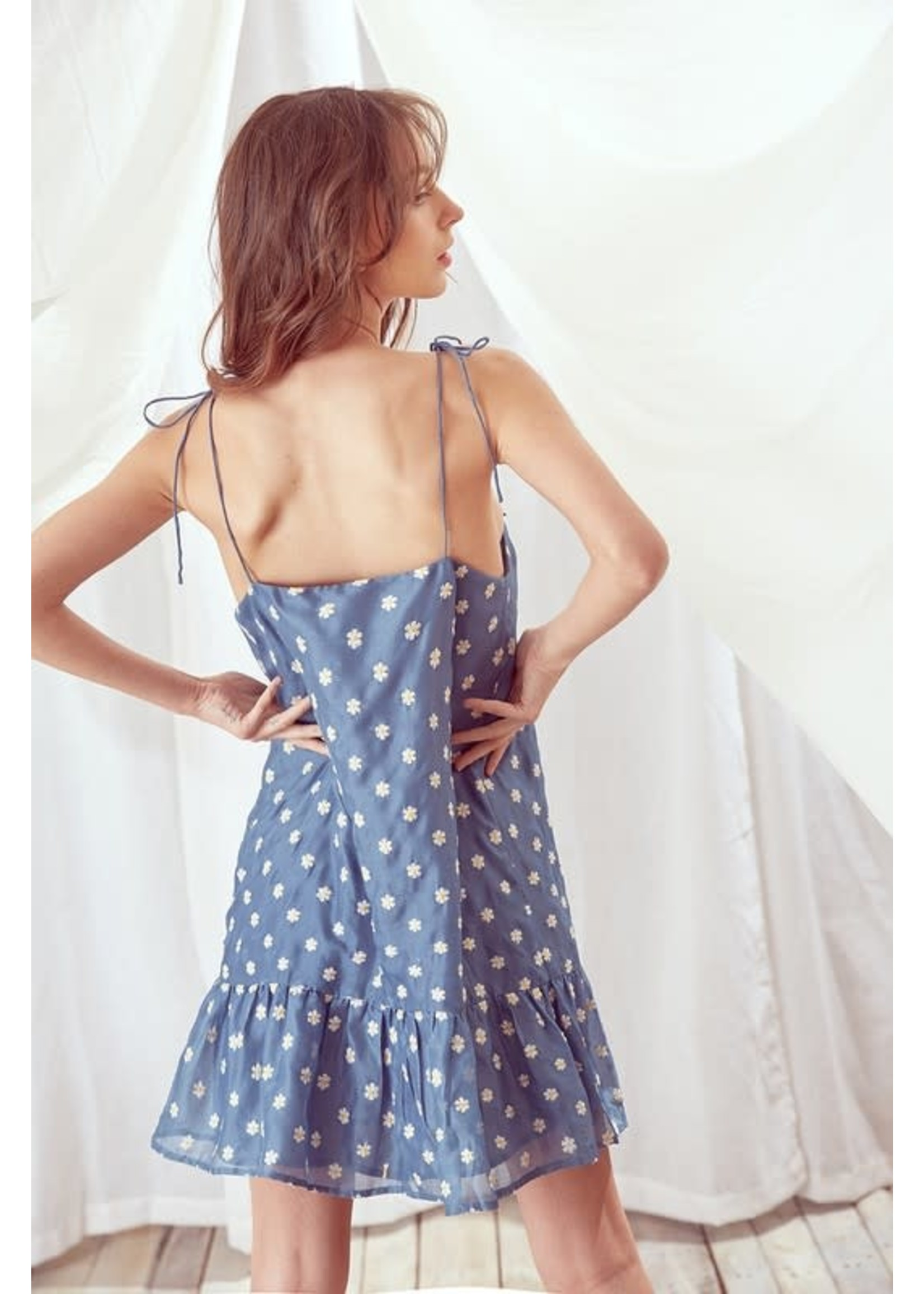 Storia Embroidered Daisy Mini Dress - JD3205