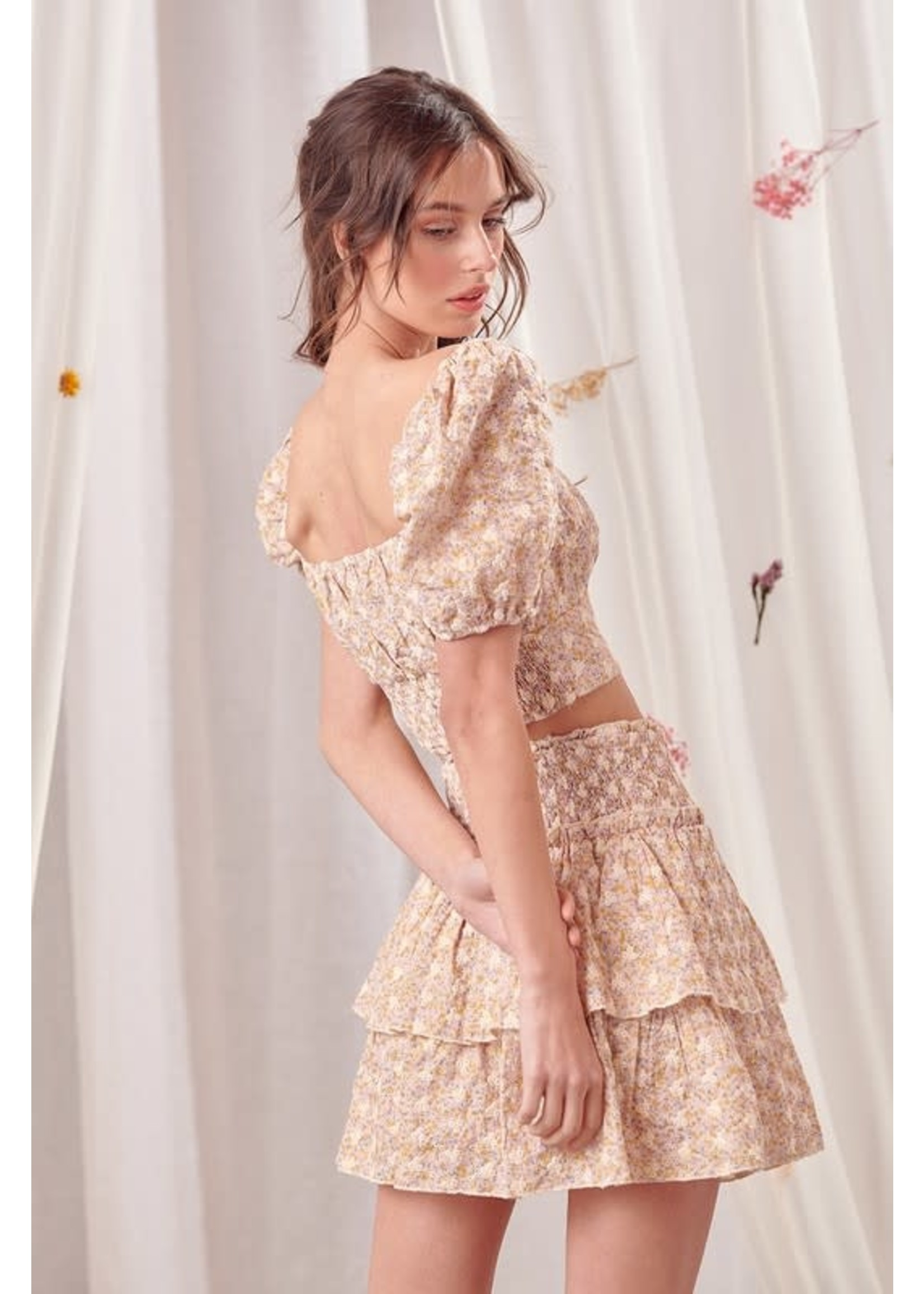 Storia Embroidered Puffed Sleeve Crop Top - BT1863