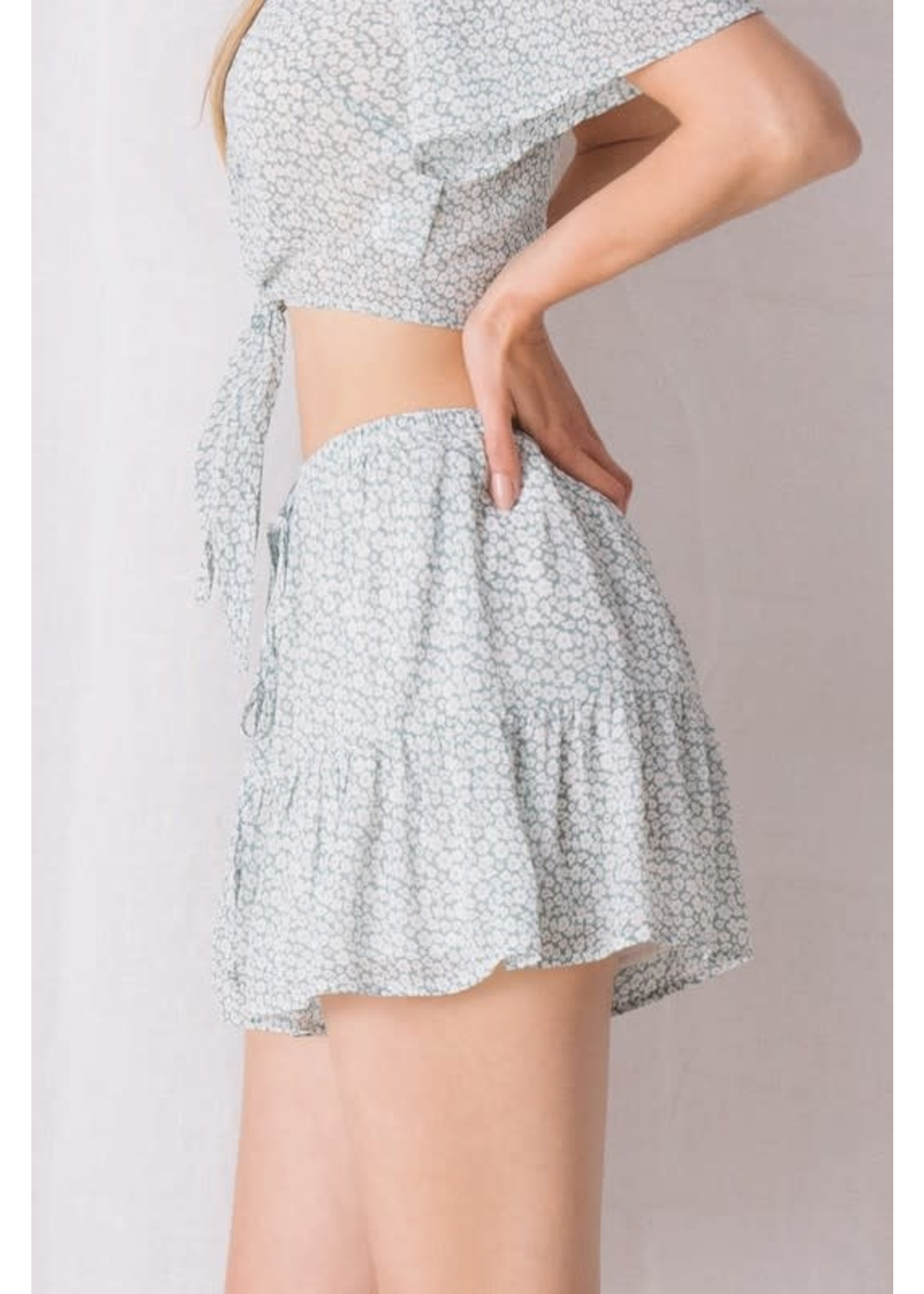 Storia Tiny Floral Ruffled Shorts - JP3288