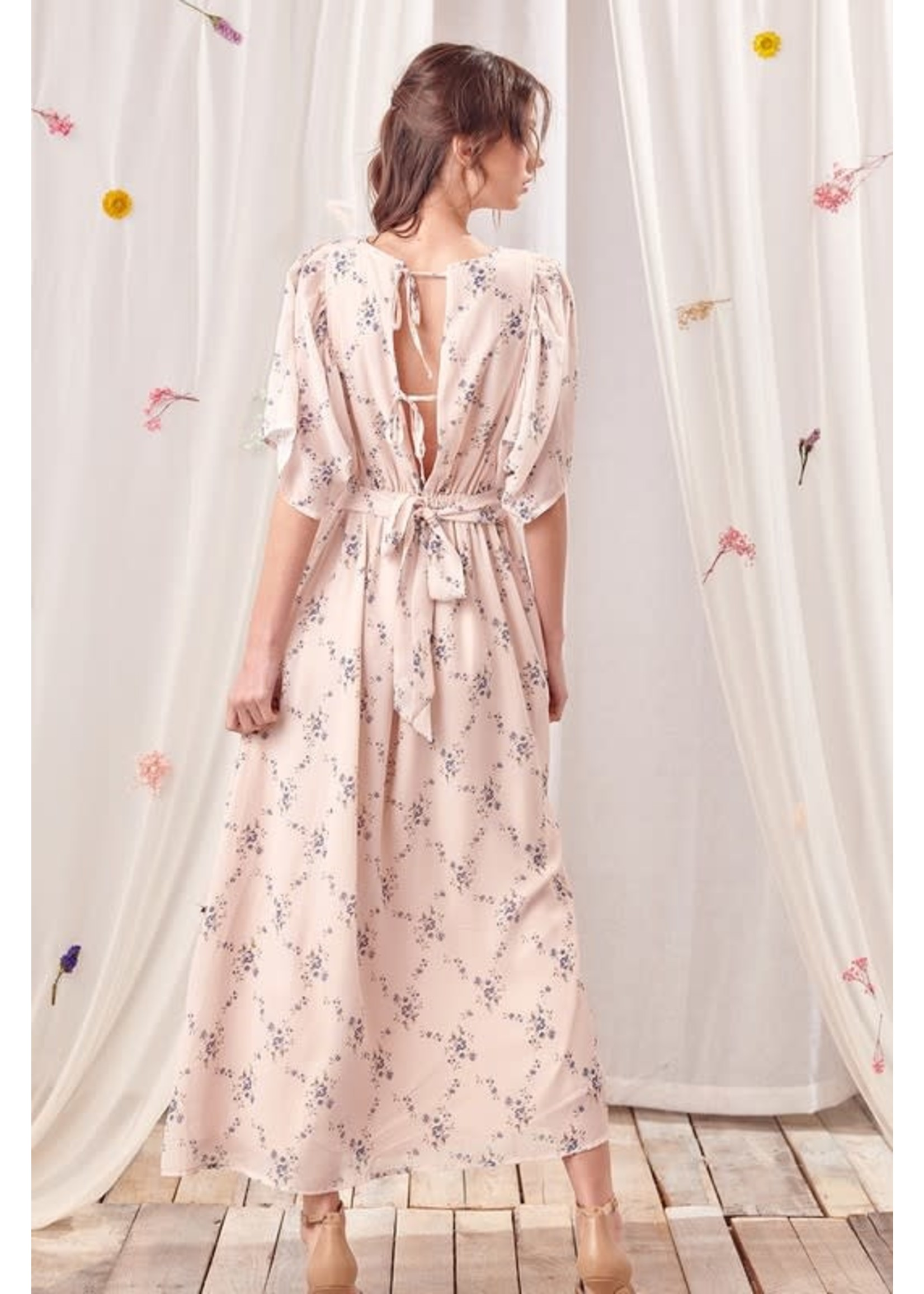 Storia Floral Dolman Sleeved Maxi Dress - SD2904