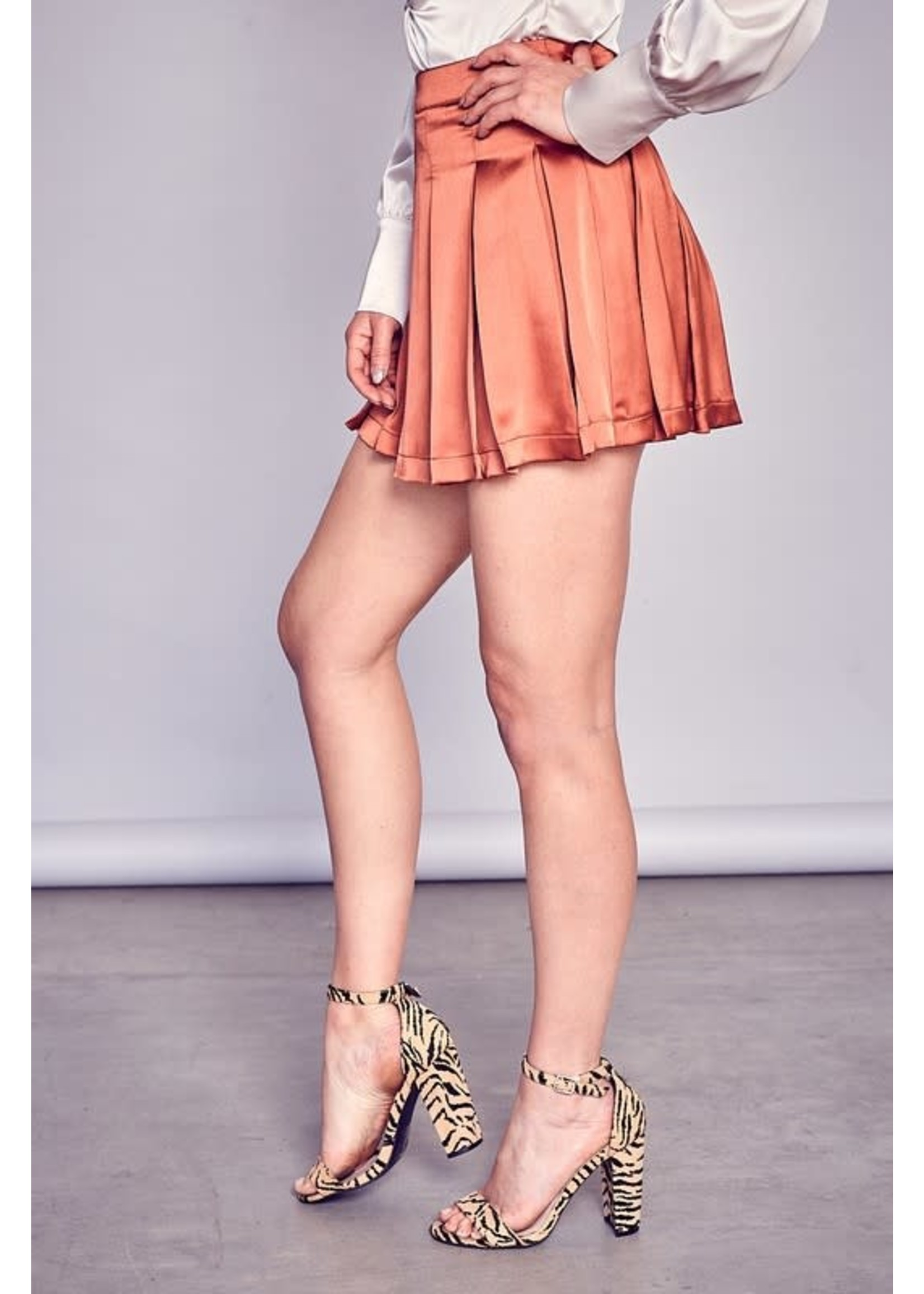 DO + BE A-Line Pleated Mini Skort - Y19535