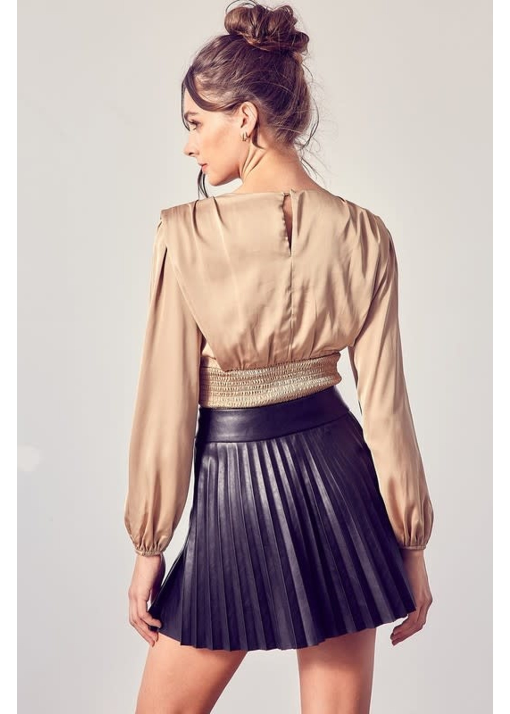 DO + BE Long Sleeved Pleated Corset Top - Y20793