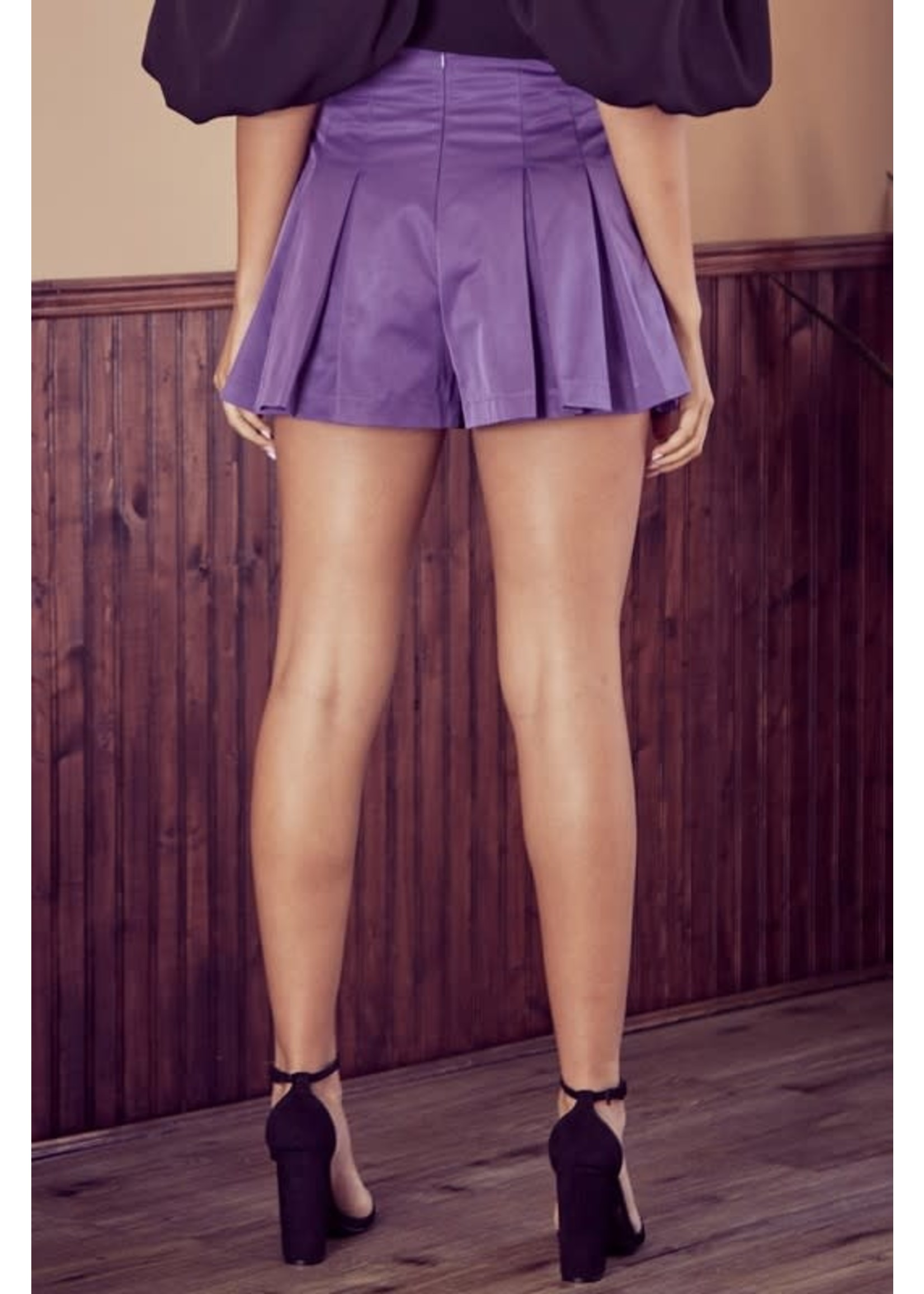 DO + BE Pleated A-Line Shorts - Y20966