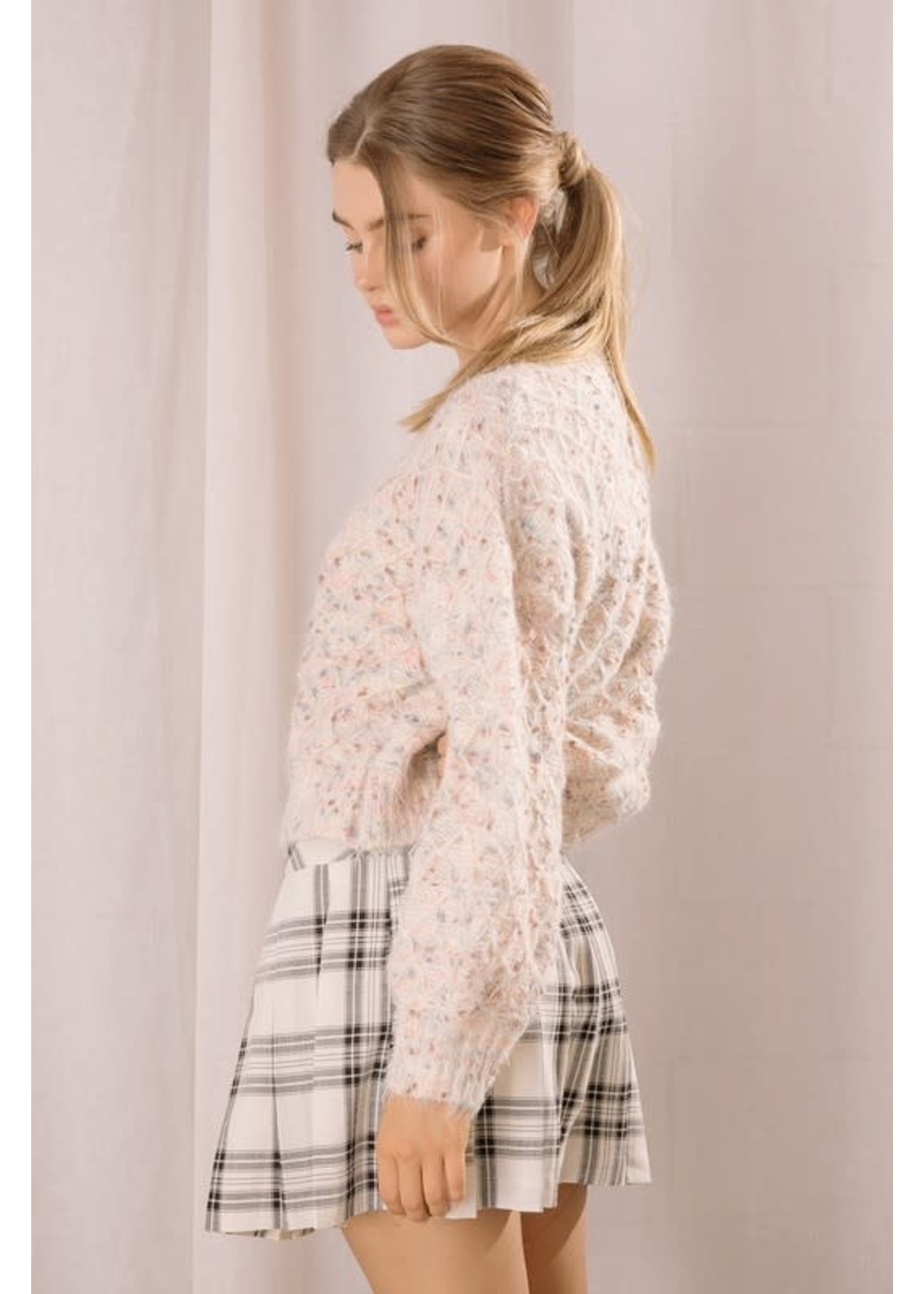 Storia Fuzzy Multicolor Dotted Pullover - BT2656