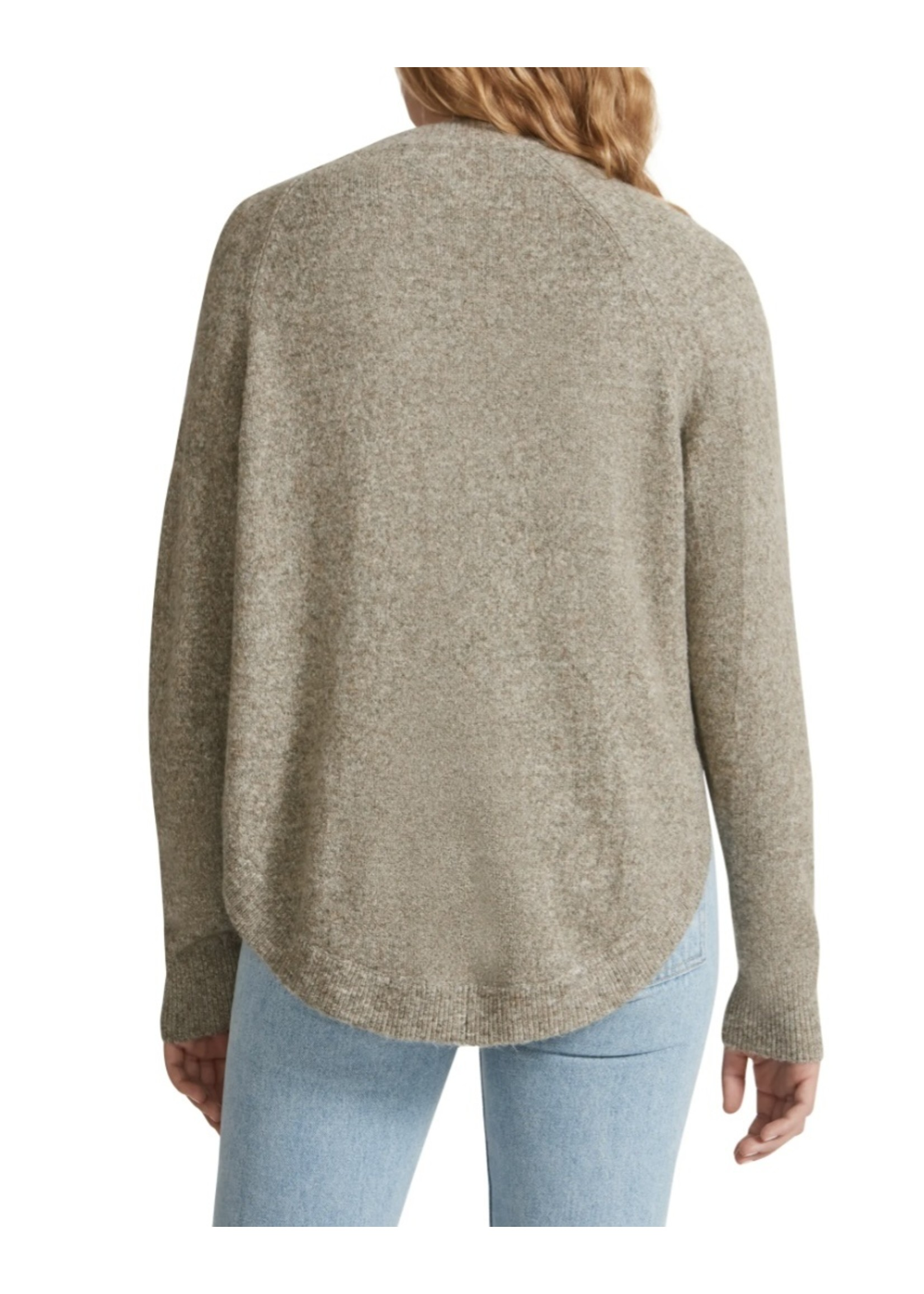 BB Dakota Learning Curve Sweater - BL306027