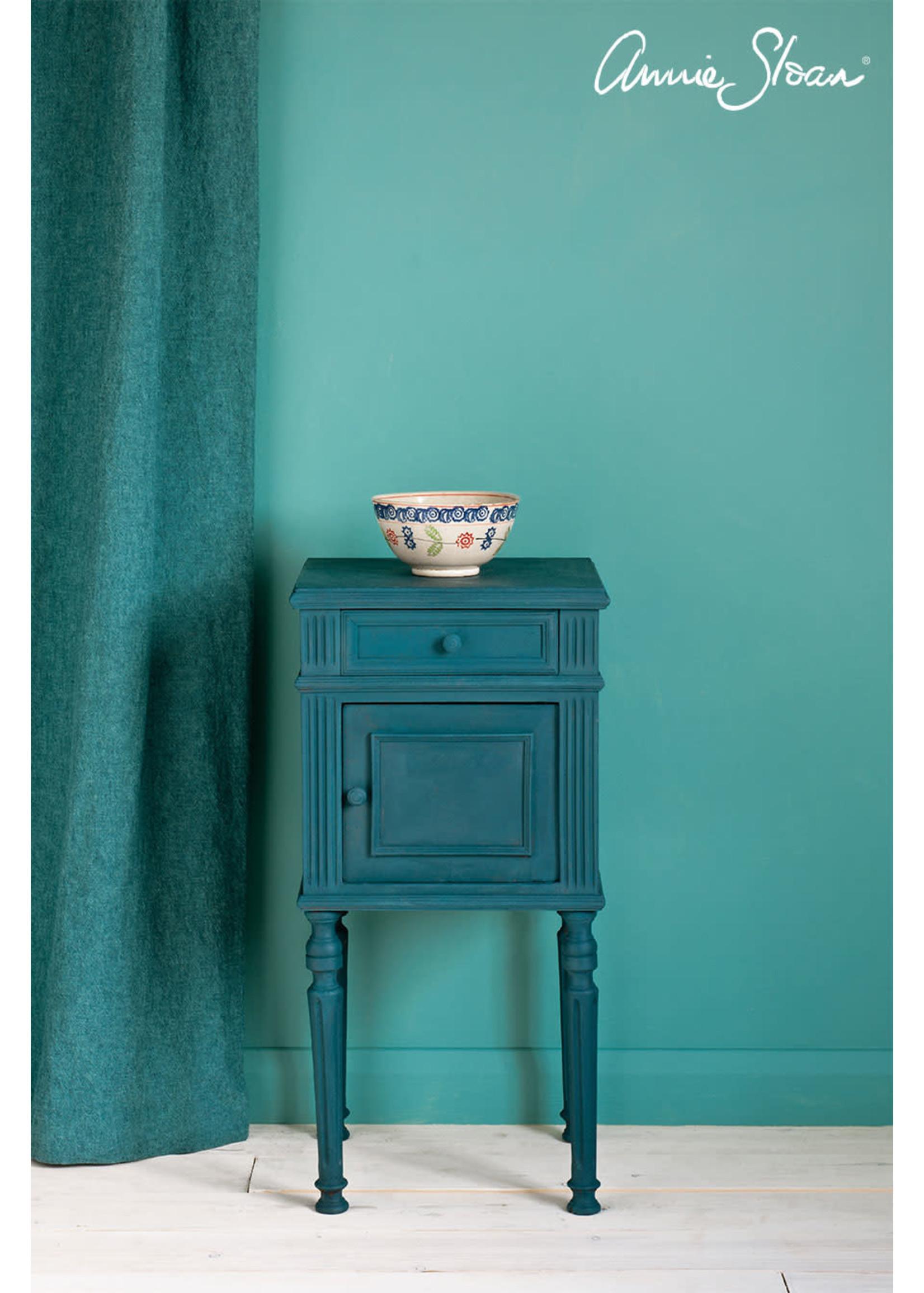 Annie Sloan Chalk Paint® Aubusson Blue Annie Sloan Chalk Paint ®