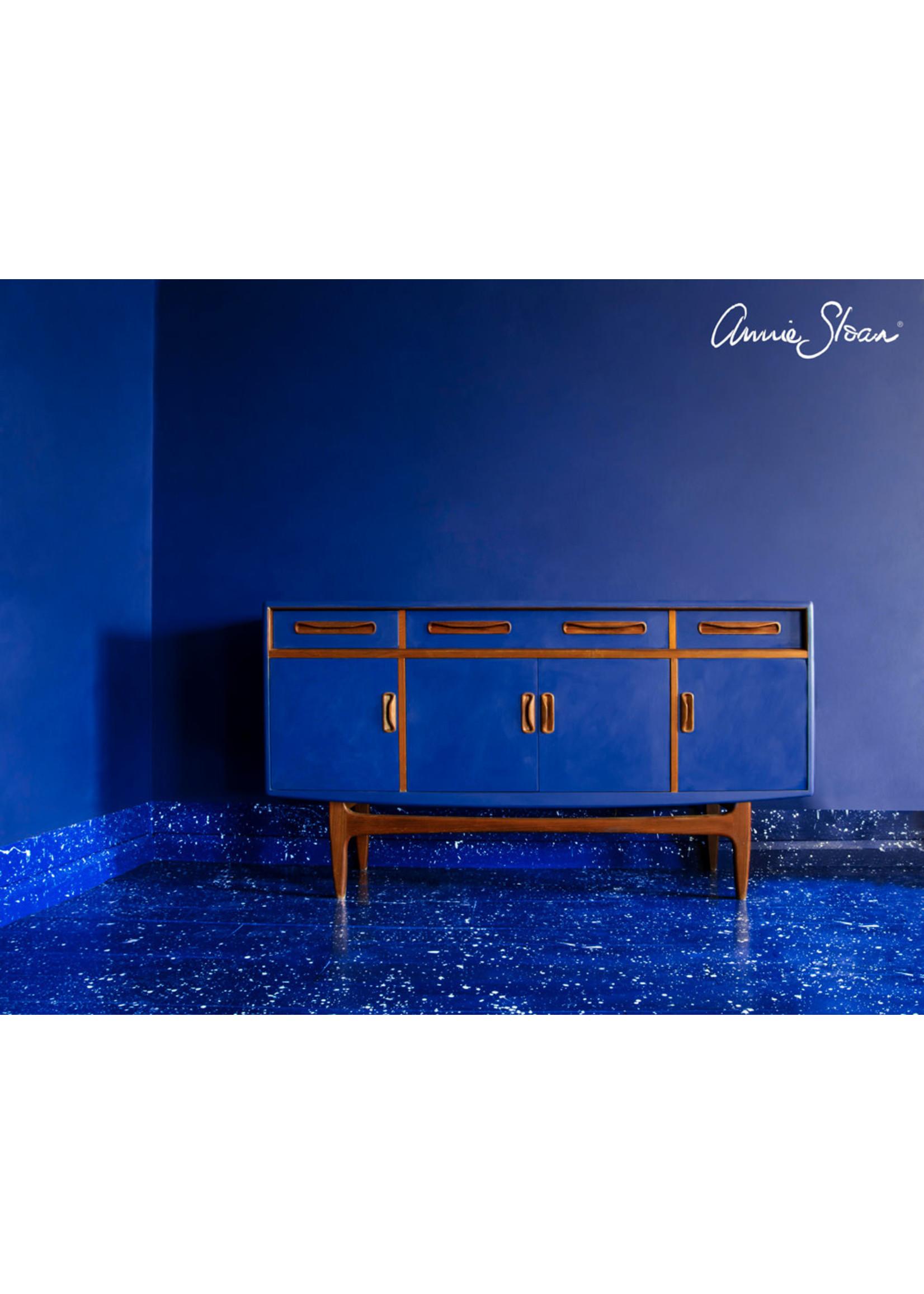 Annie Sloan Chalk Paint® Napoleonic Blue Annie Sloan Chalk Paint ®