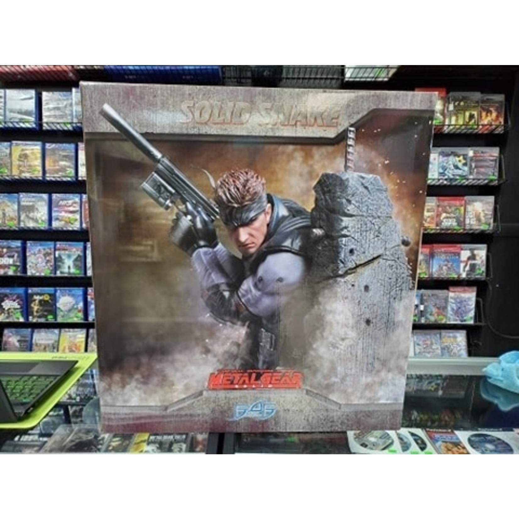 STATUE-F4F Metal Gear Solid - Solid Snake (167/1000)