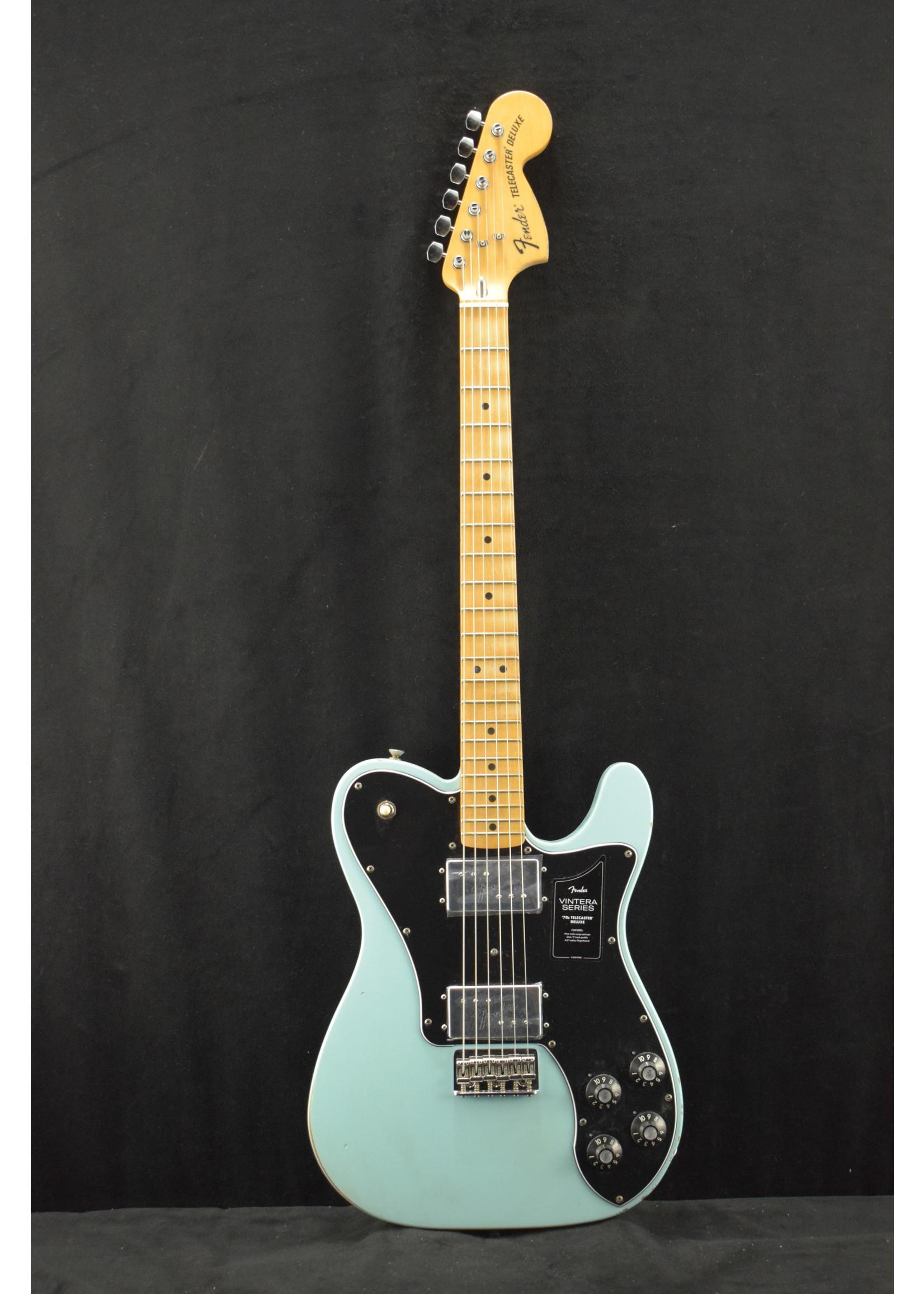 Fender Fender Vintera Road Worn '70s Telecaster Deluxe Daphne Blue