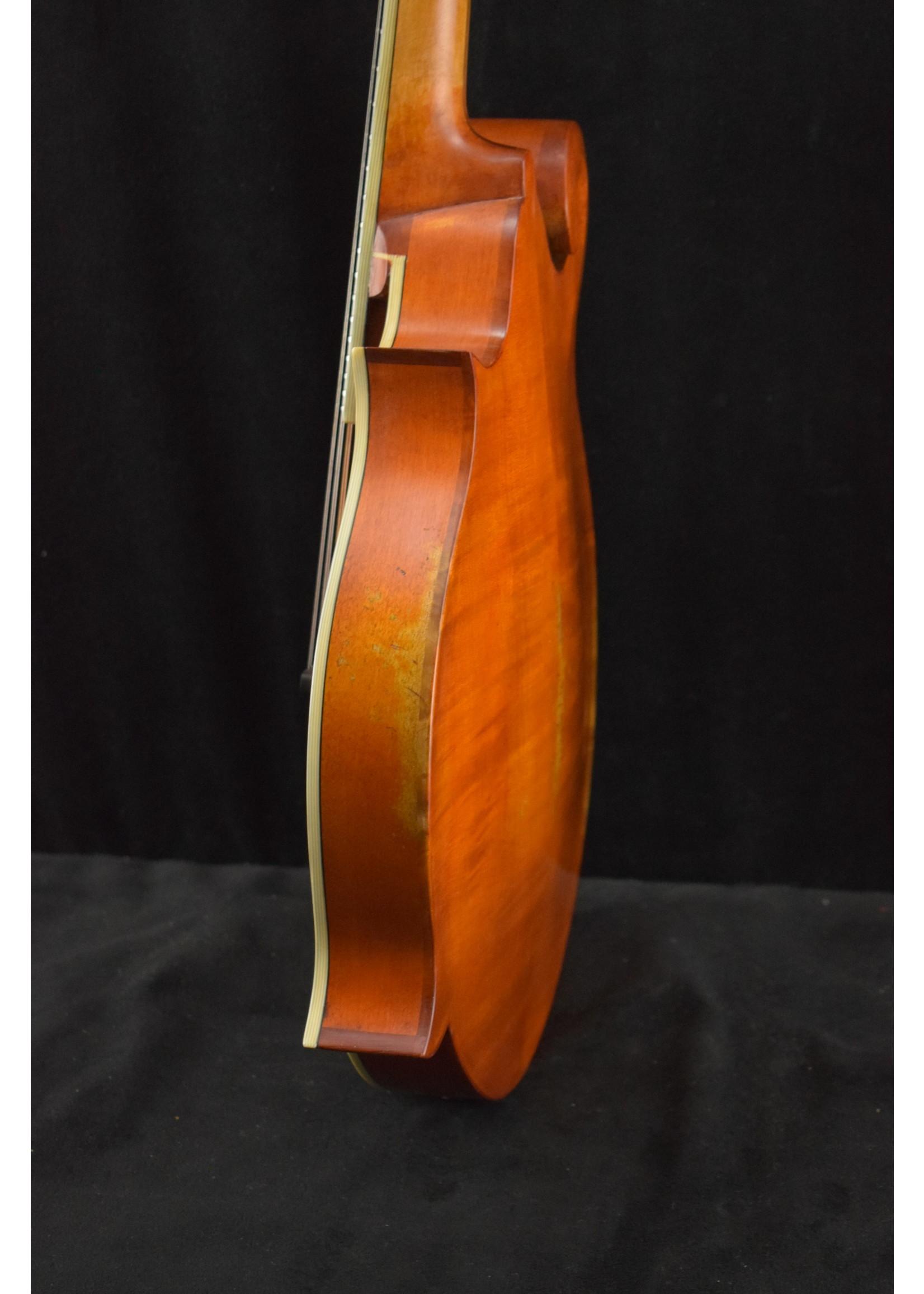 Eastman Eastman MD515/v-AMB F-Style F-Hole Mandolin Antique Amber Varnish Finish