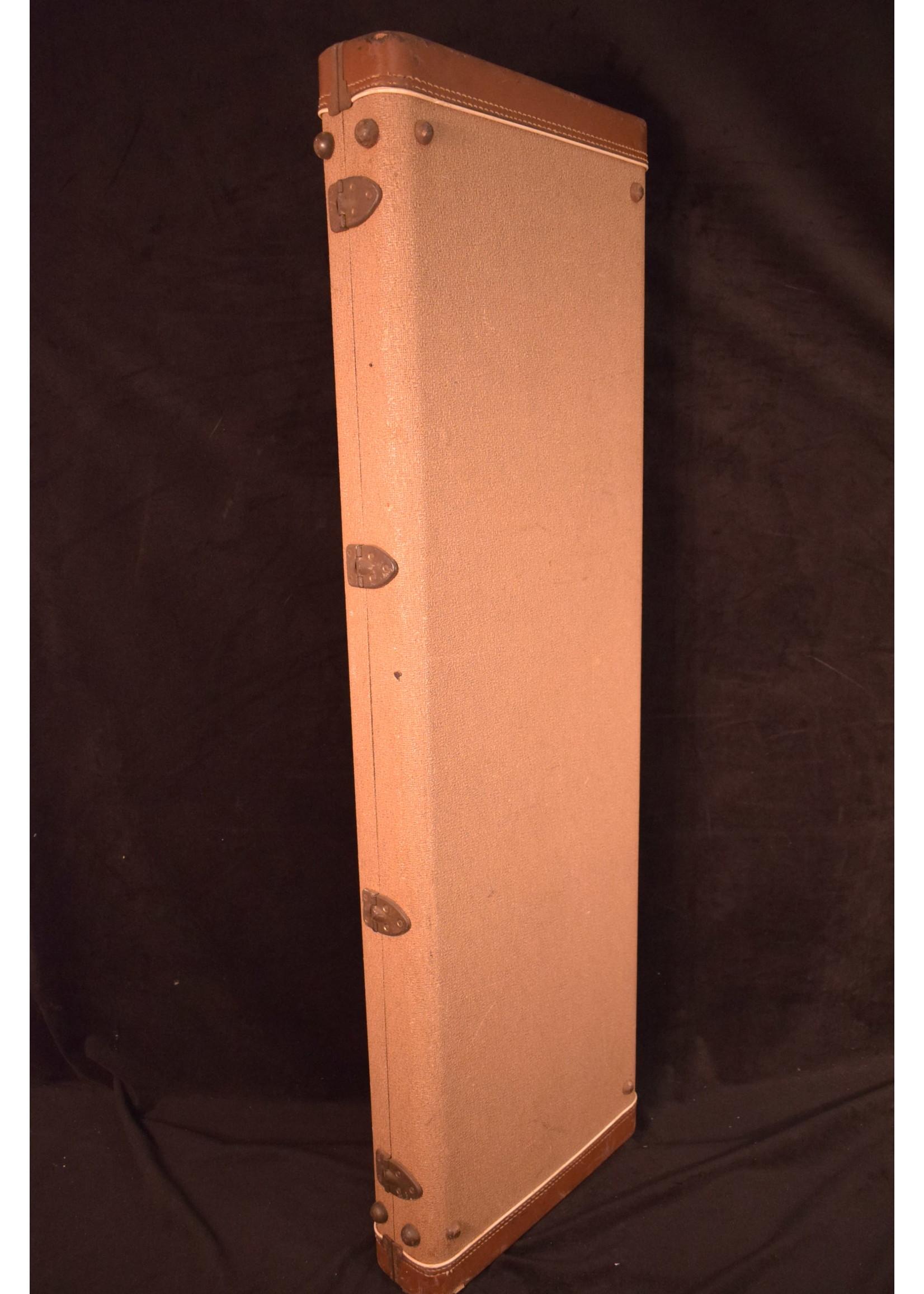 Fender Vintage 1961-1962 Fender Bass VI Guitar Case