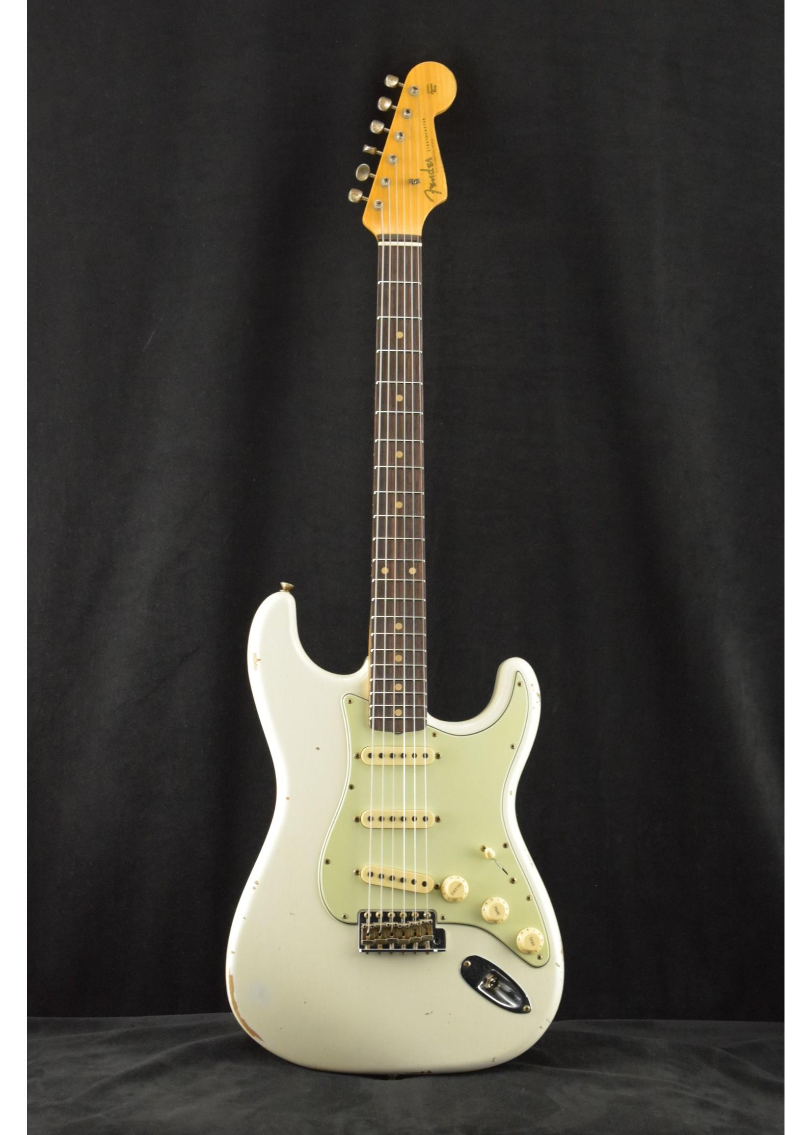 Fender Fender 1960 Stratocaster Relic Custom Built NAMM LTD Aged Olympic White
