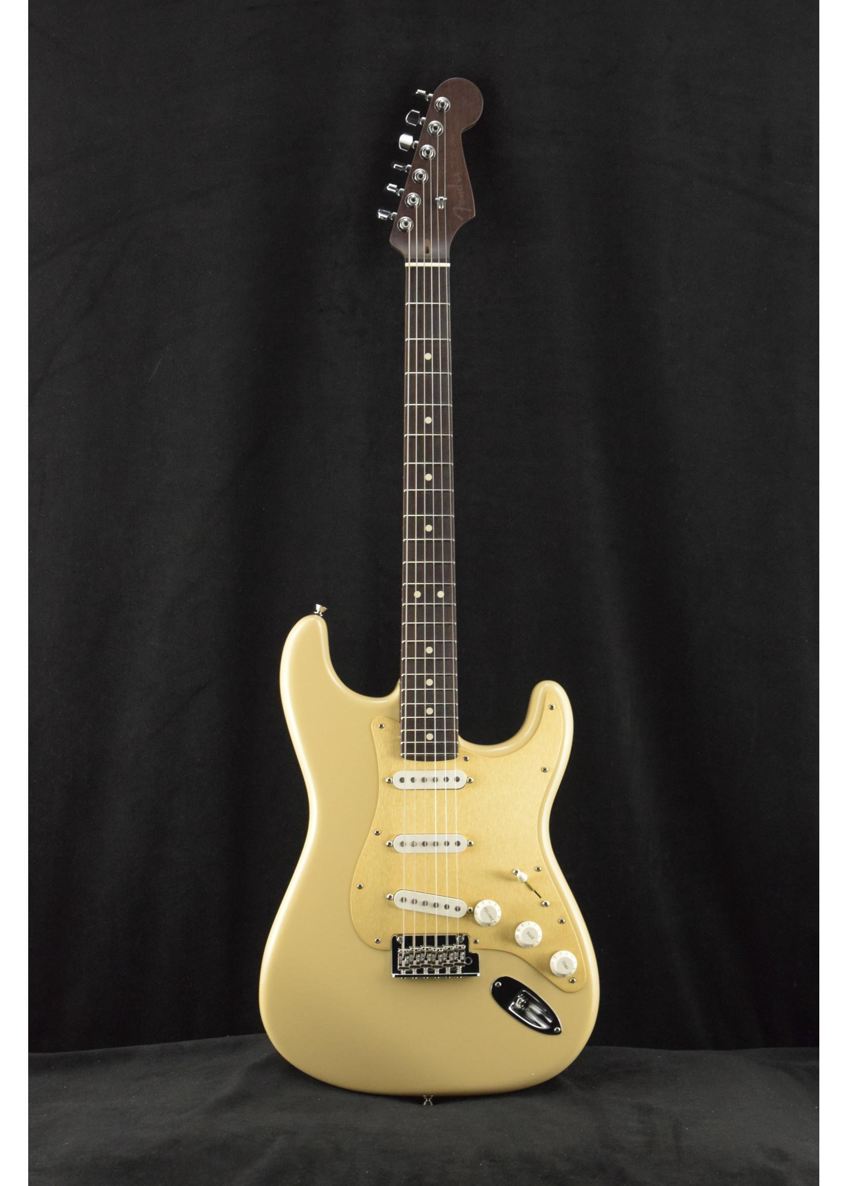 Fender Fender LTD American Professional Stratocaster Solid Rosewood Neck Desert Sand