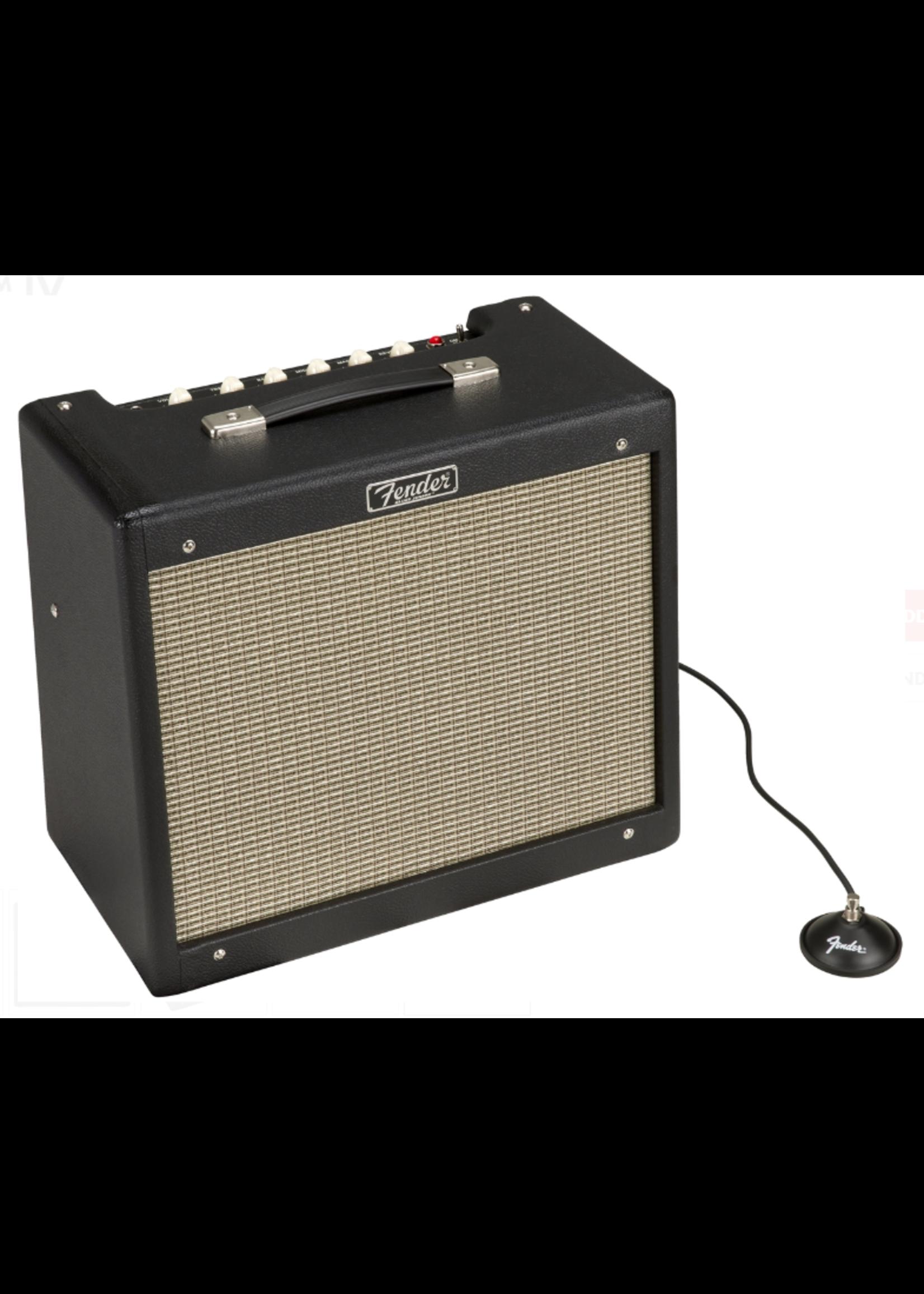 Fender Fender Blues Junior IV 120V 15-Watt Guitar Amp Black/Silver