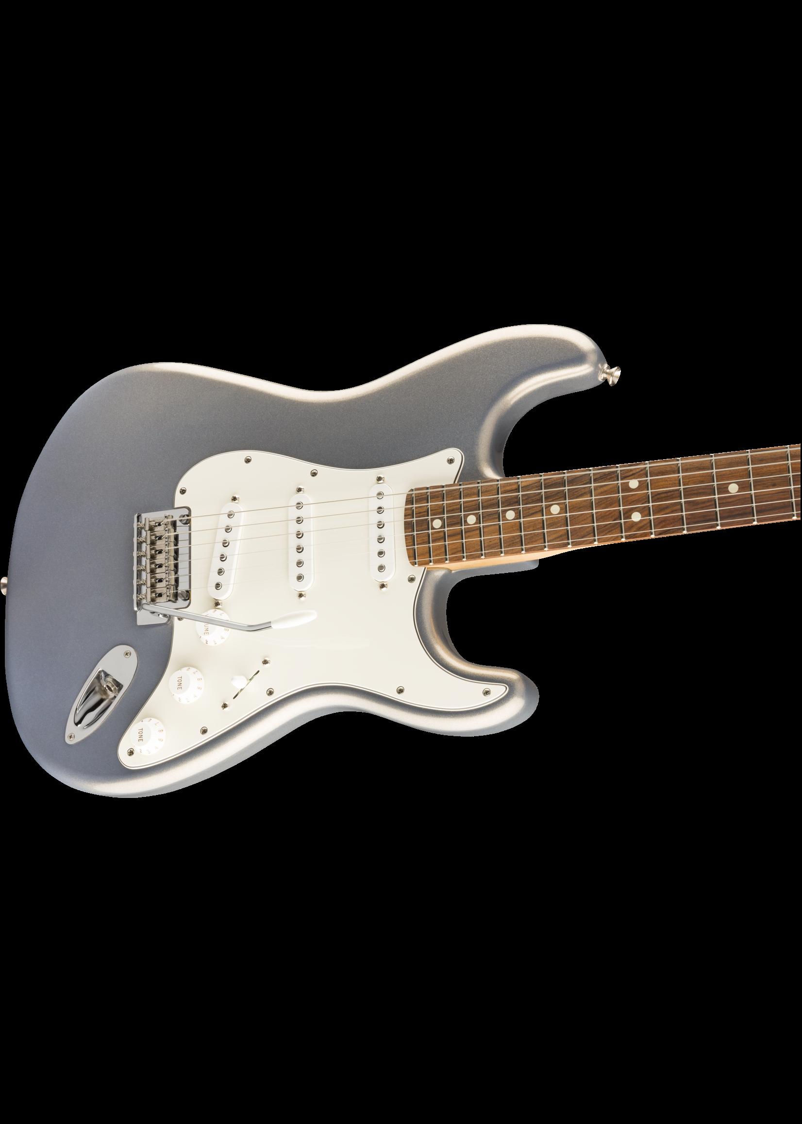 Fender Fender Player Stratocaster with Pau Ferro Fretboard Silver