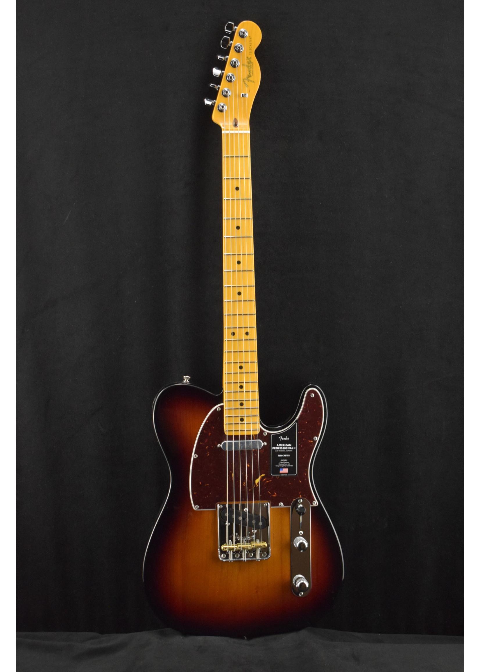 Fender Fender American Professional II Telecaster with Maple Fretboard 3-Color Sunburst